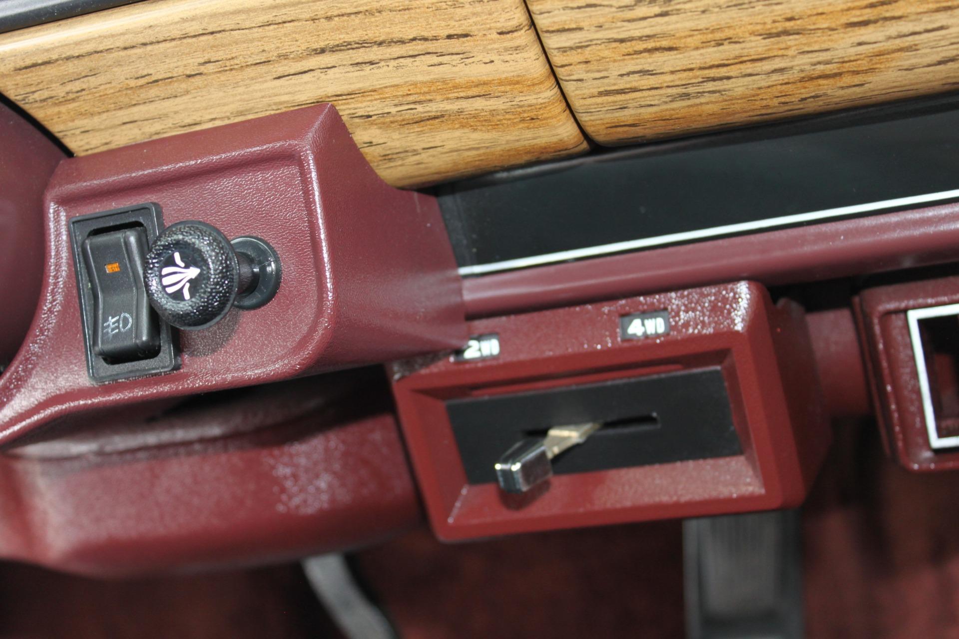Used-1989-Jeep-Grand-Wagoneer-Porsche