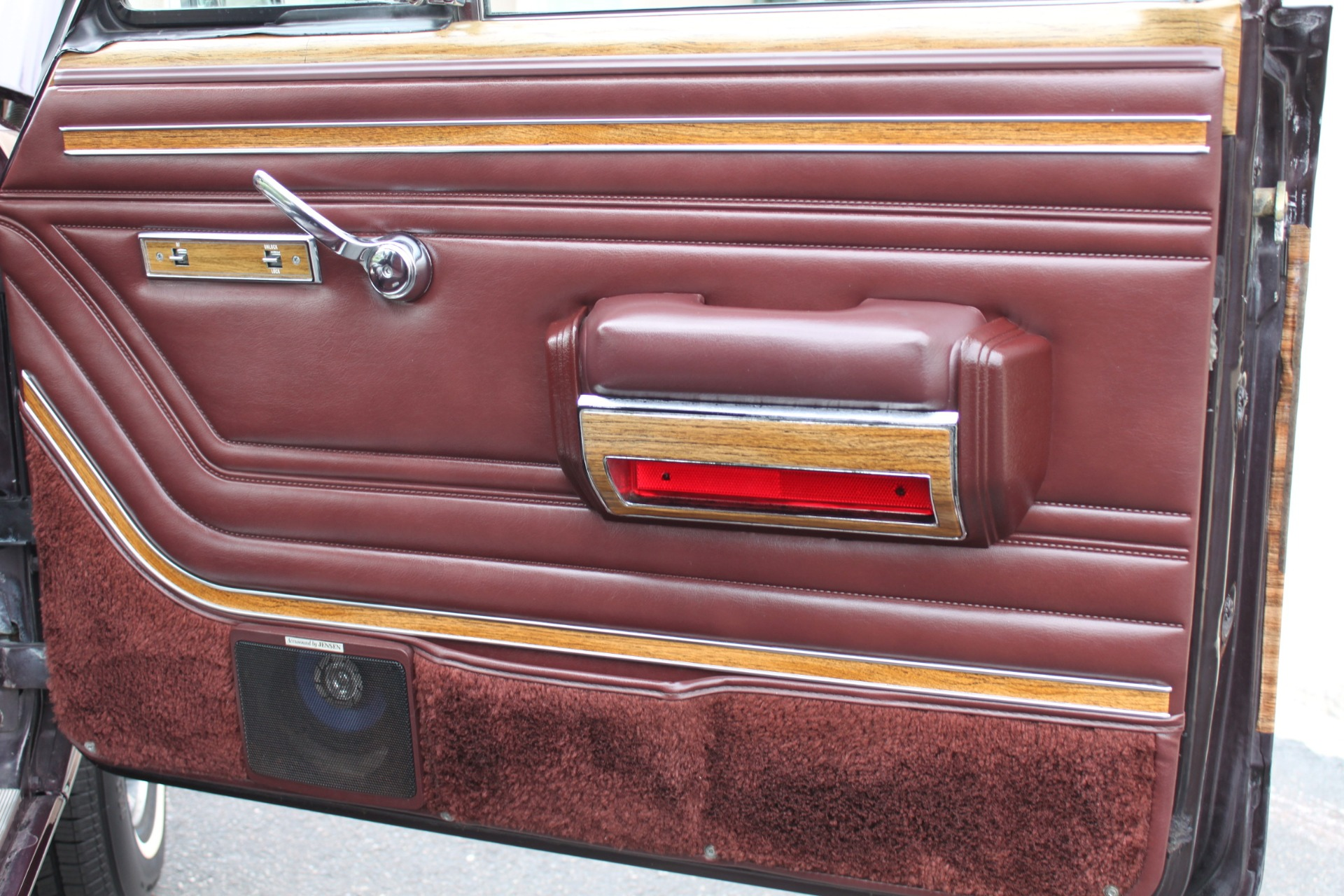 Used-1989-Jeep-Grand-Wagoneer-Mopar