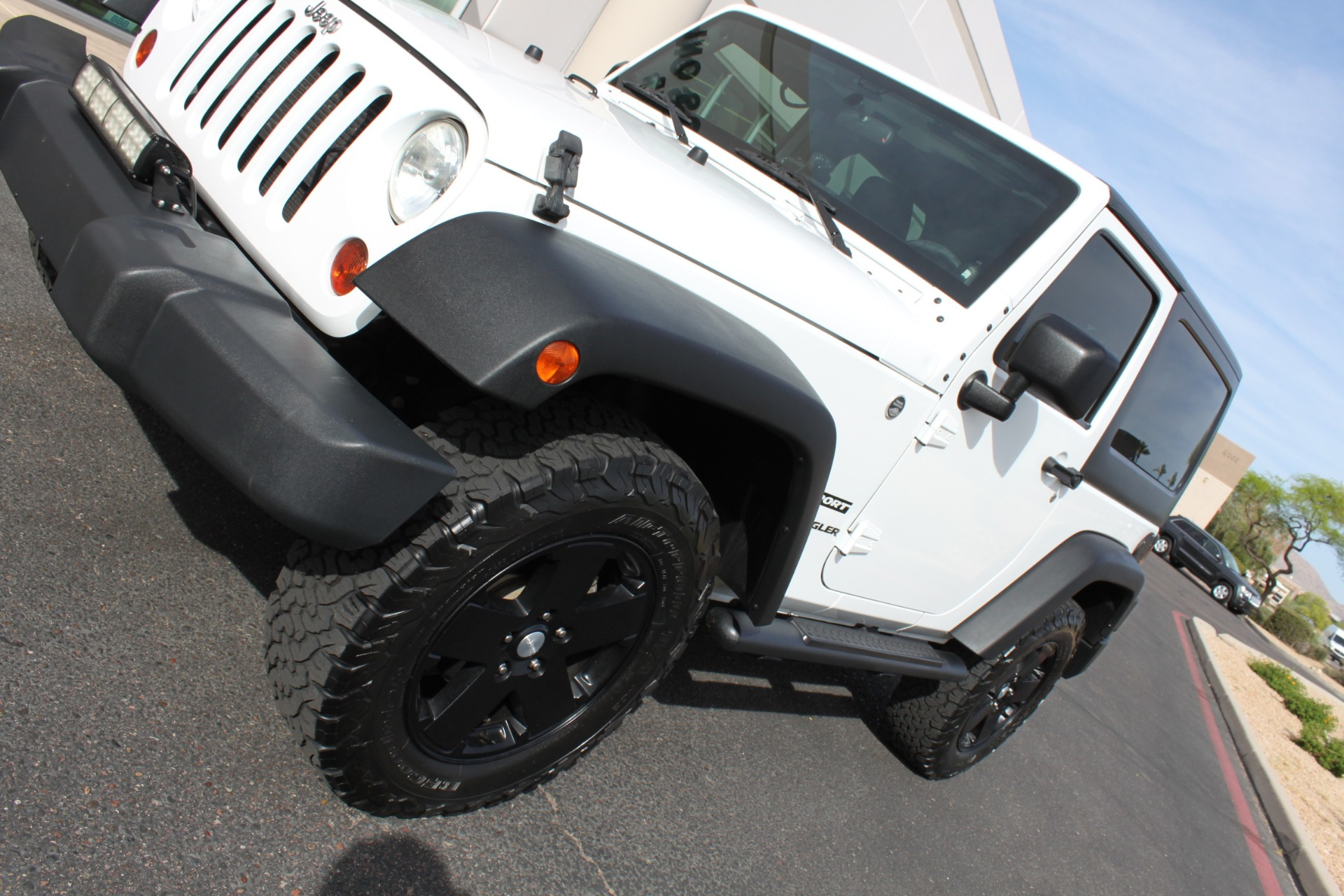 Used-2012-Jeep-Wrangler-Freedom-Edition-4X4-Grand-Cherokee