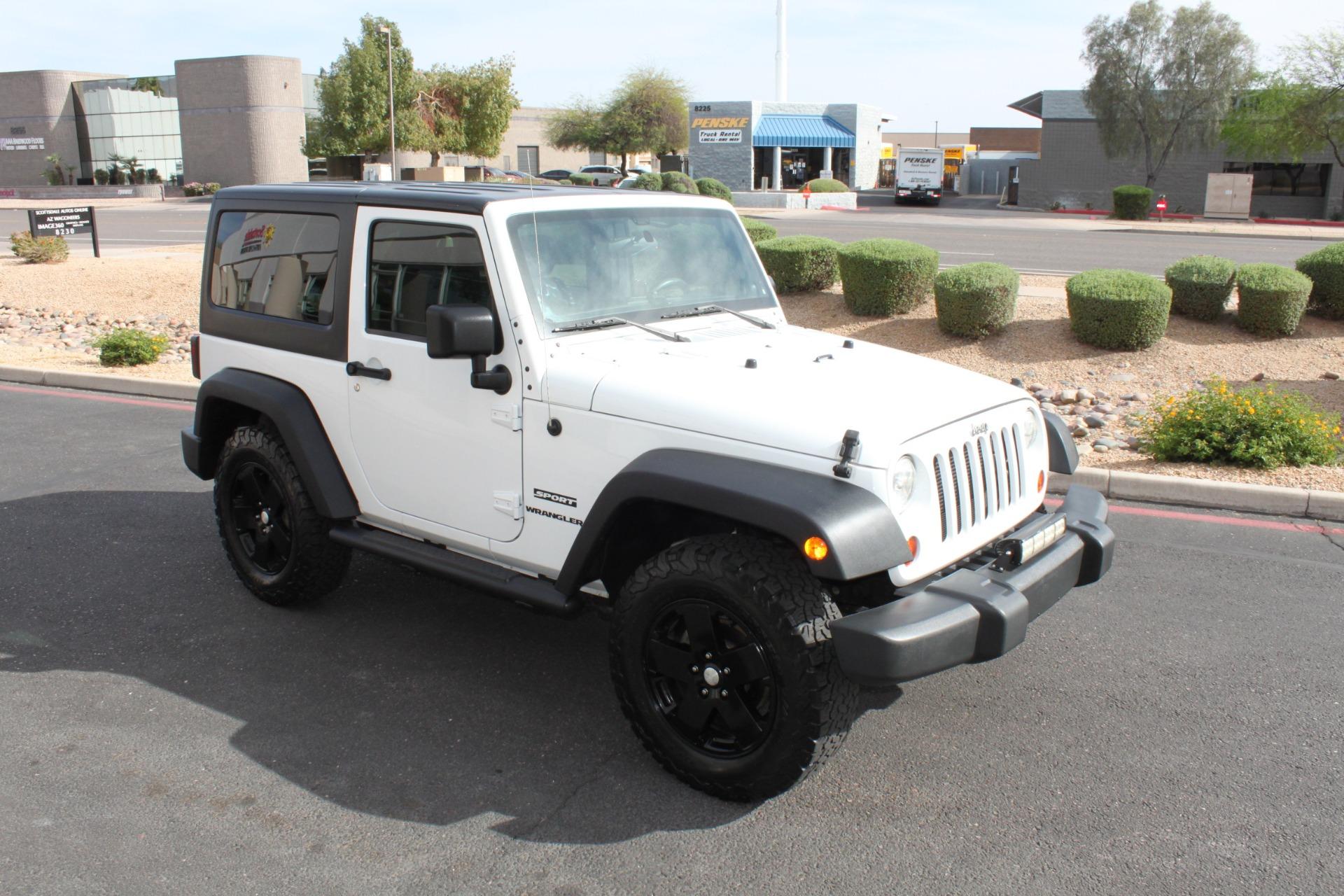 Used-2012-Jeep-Wrangler-Freedom-Edition-4X4-Camaro
