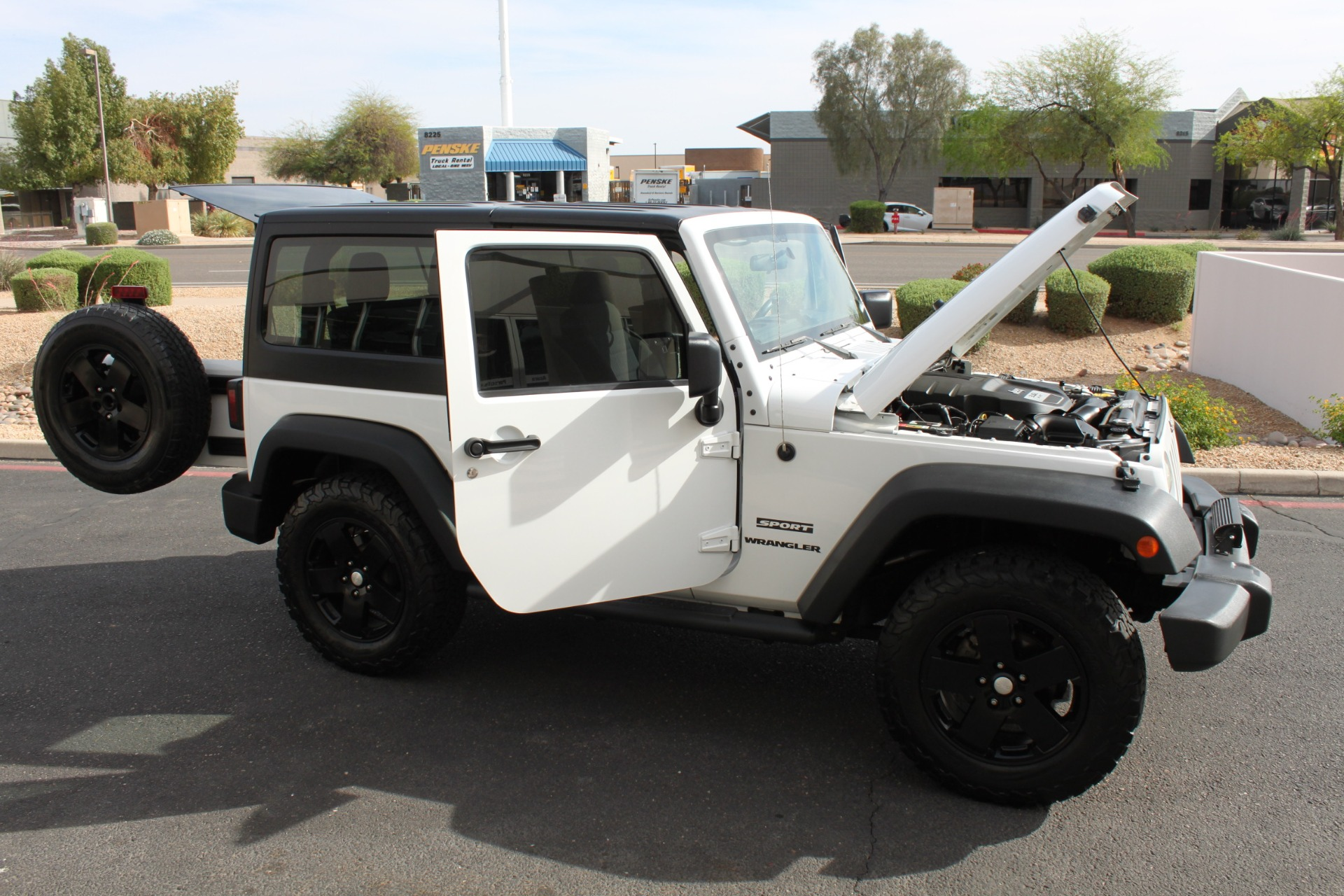 Used-2012-Jeep-Wrangler-Freedom-Edition-4X4-LS430