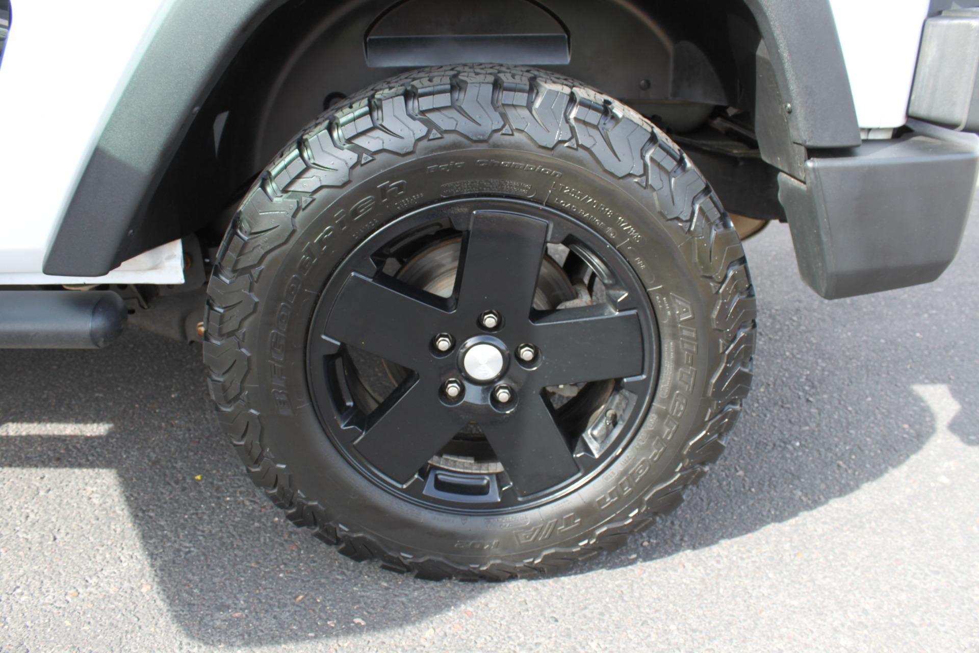 Used-2012-Jeep-Wrangler-Freedom-Edition-4X4-4X4