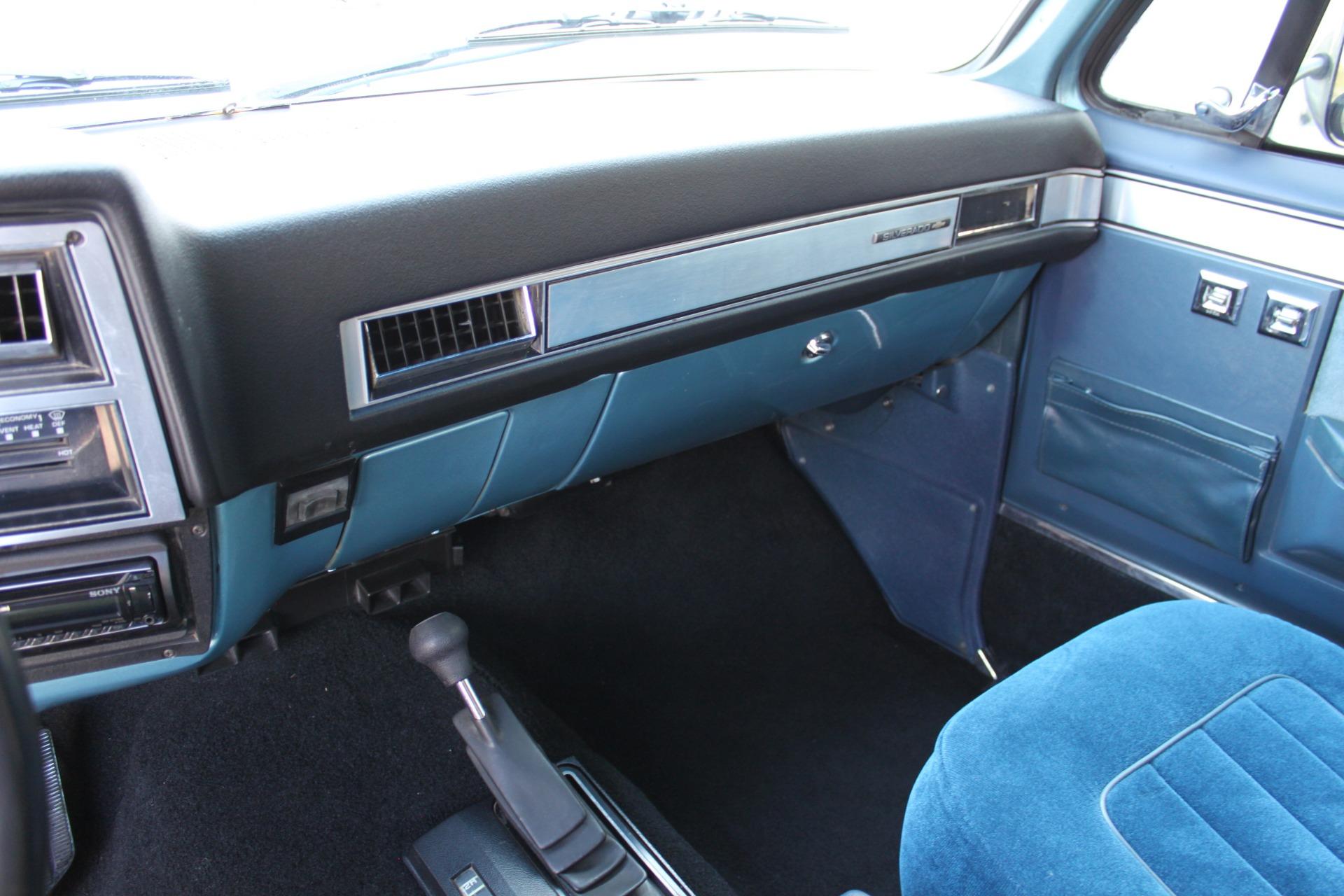 Used-1989-Chevrolet-K5-Blazer-4X4-Lincoln