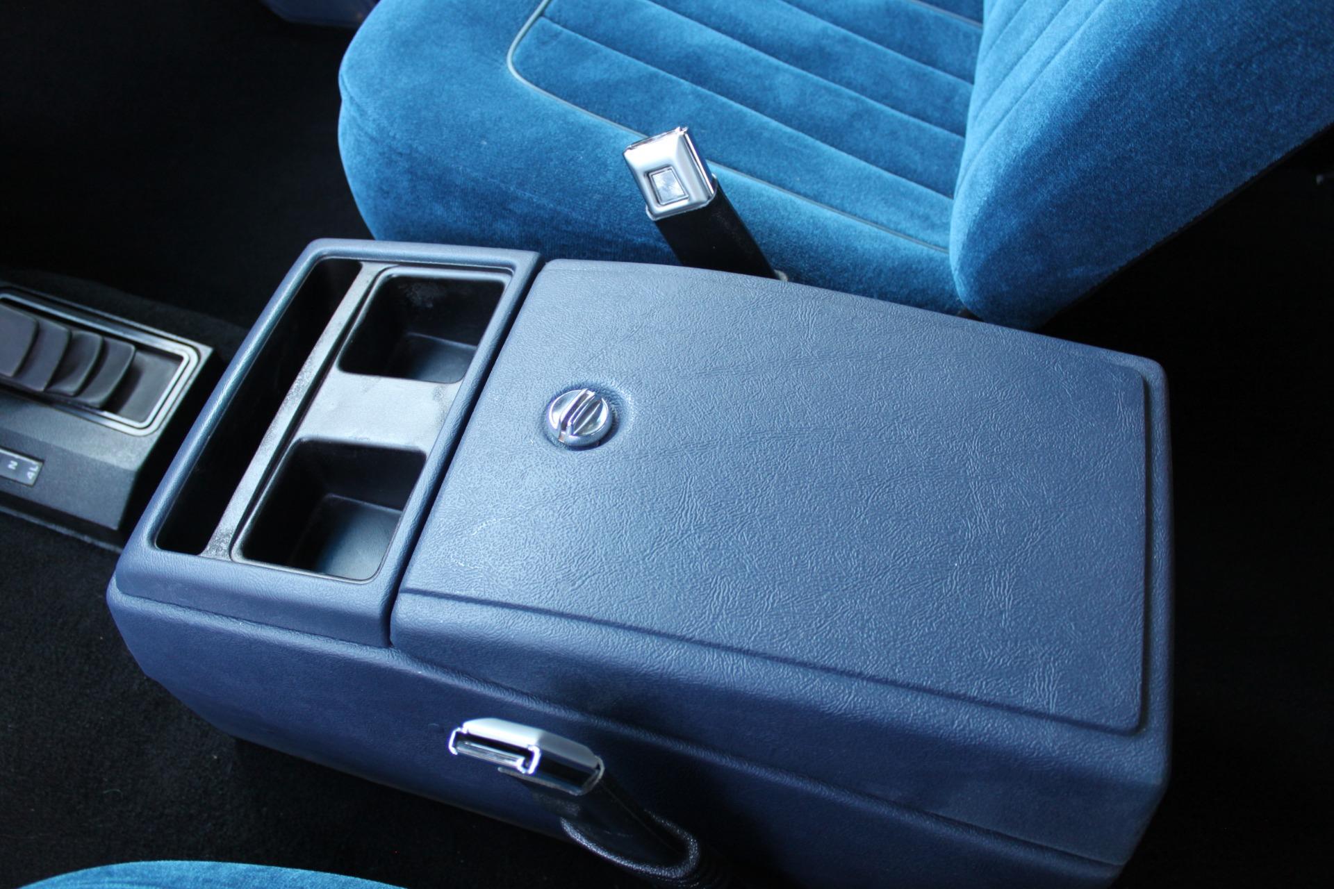 Used-1989-Chevrolet-K5-Blazer-4X4-Classic