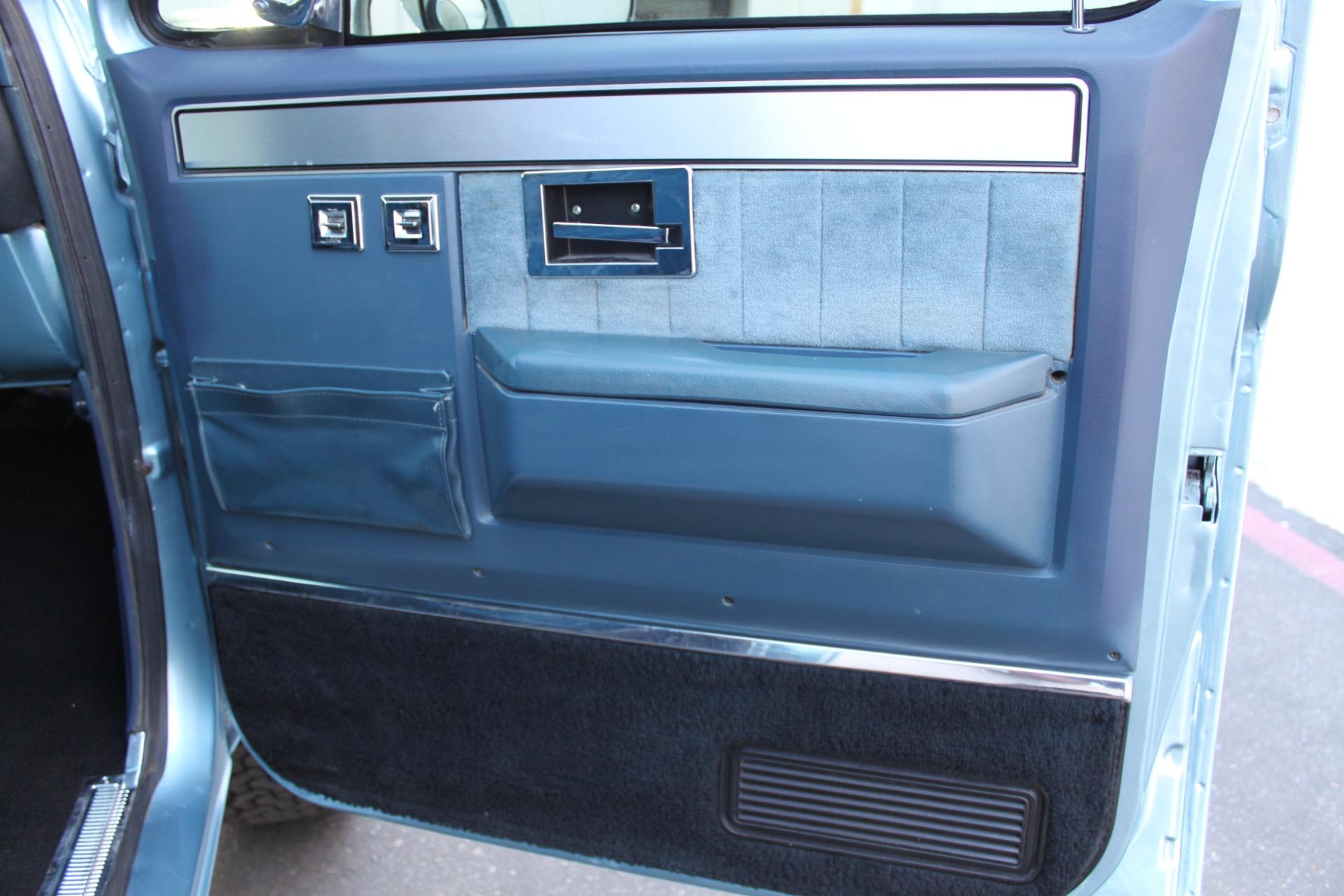 Used-1989-Chevrolet-K5-Blazer-4X4-Collector