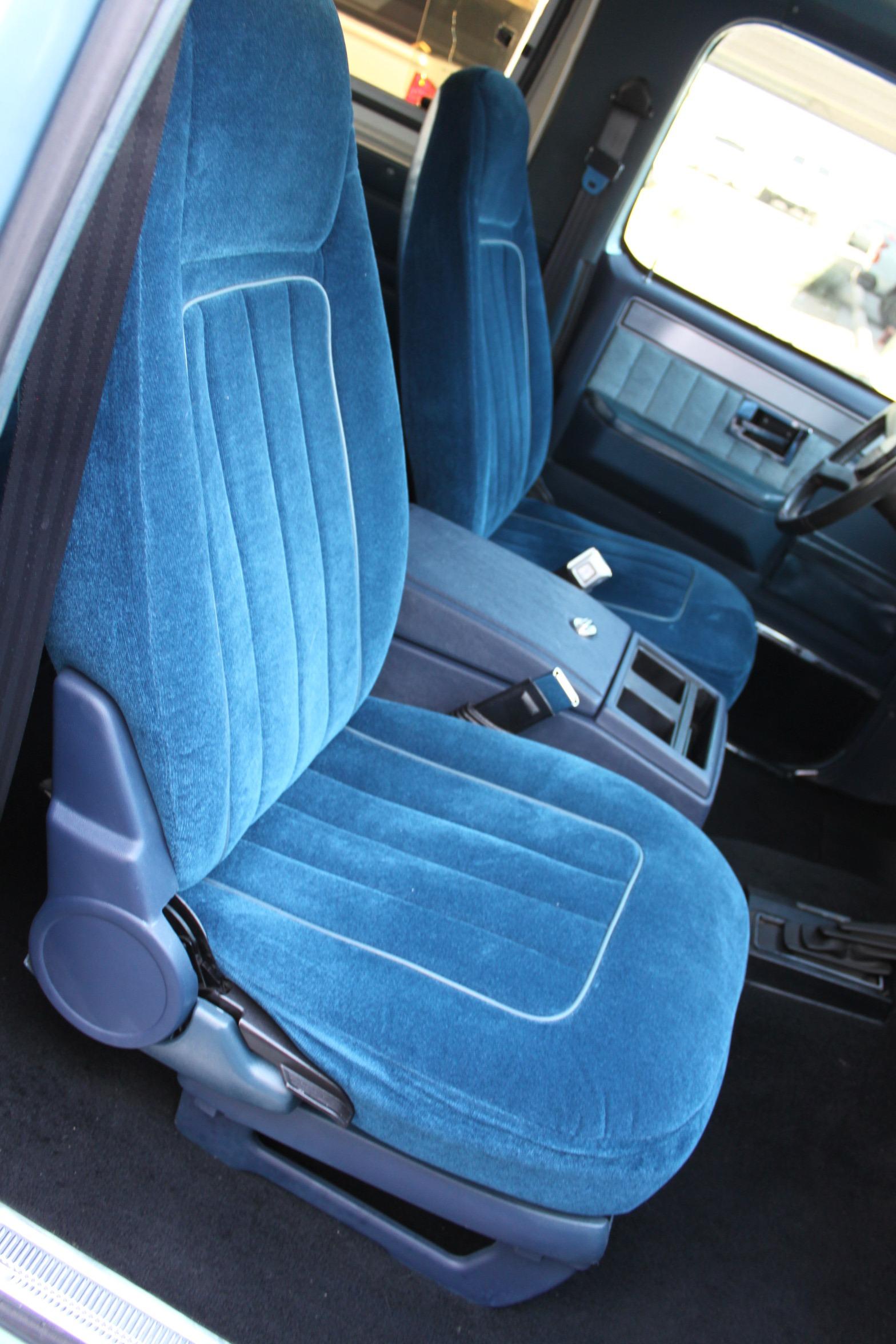 Used-1989-Chevrolet-K5-Blazer-4X4-BMW