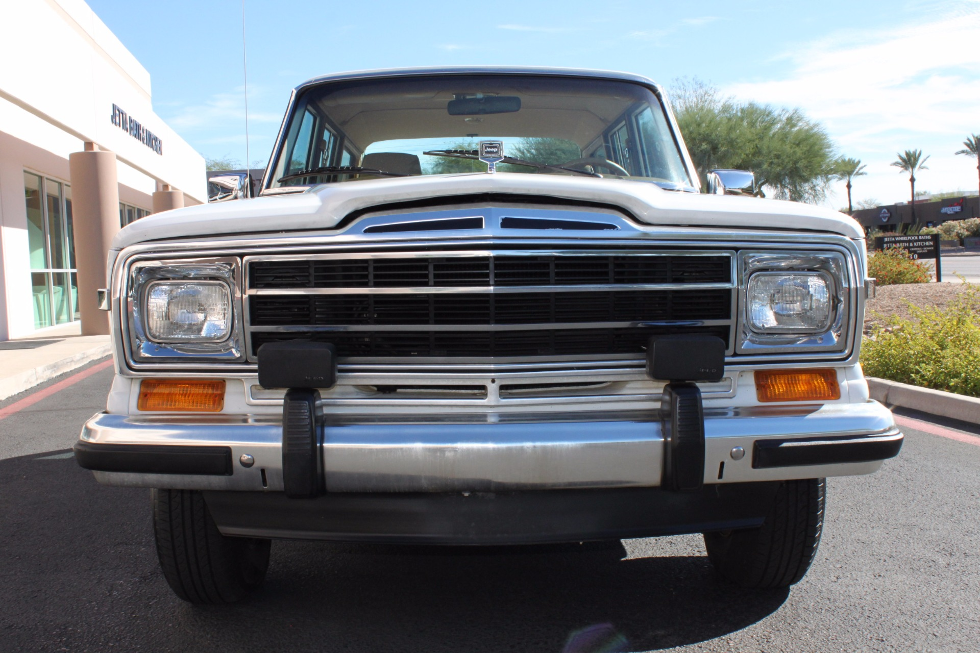 Used-1988-Jeep-Grand-Wagoneer-Limited-4X4-Wrangler