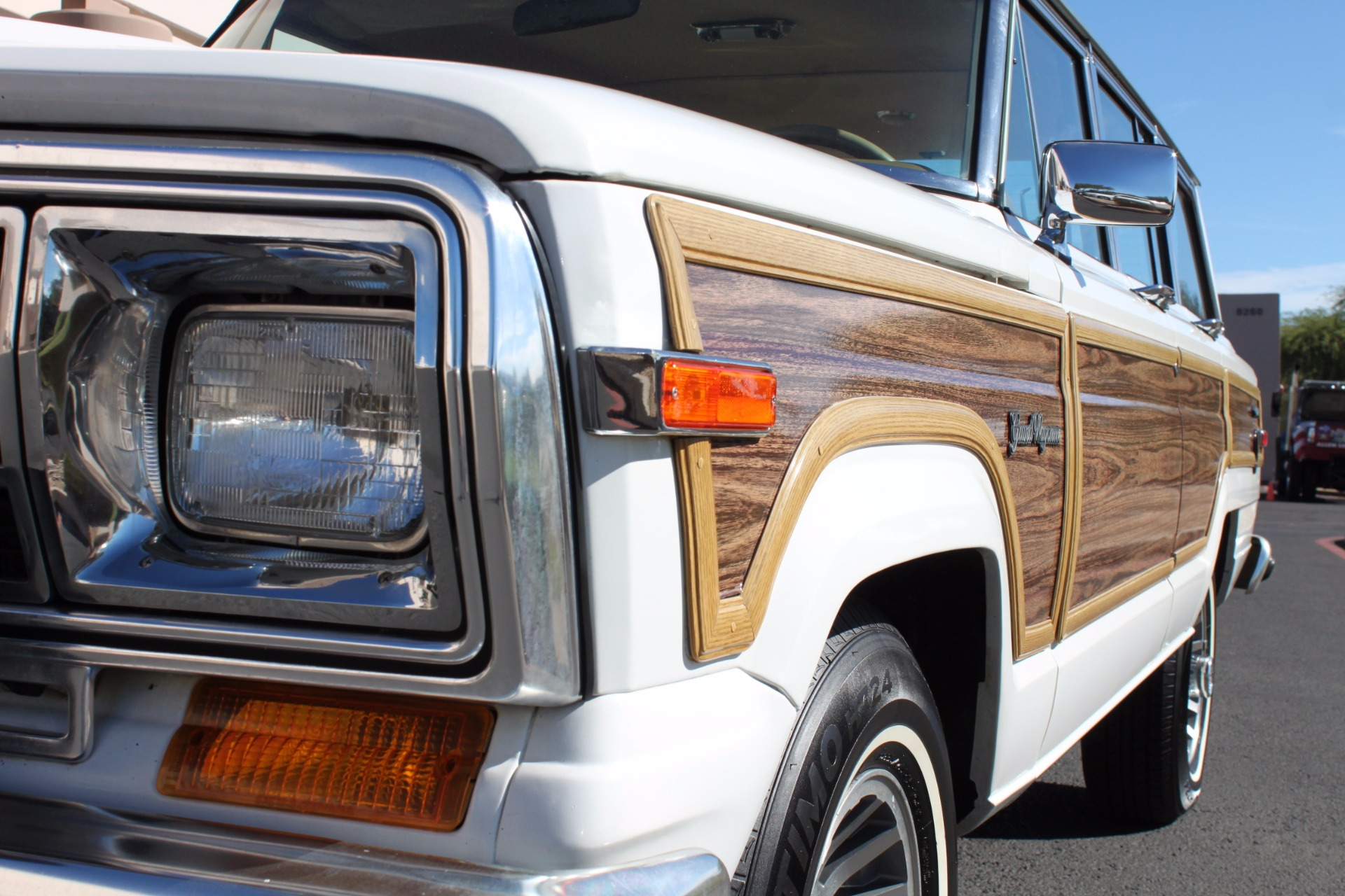Used-1988-Jeep-Grand-Wagoneer-Limited-4X4-Chevrolet