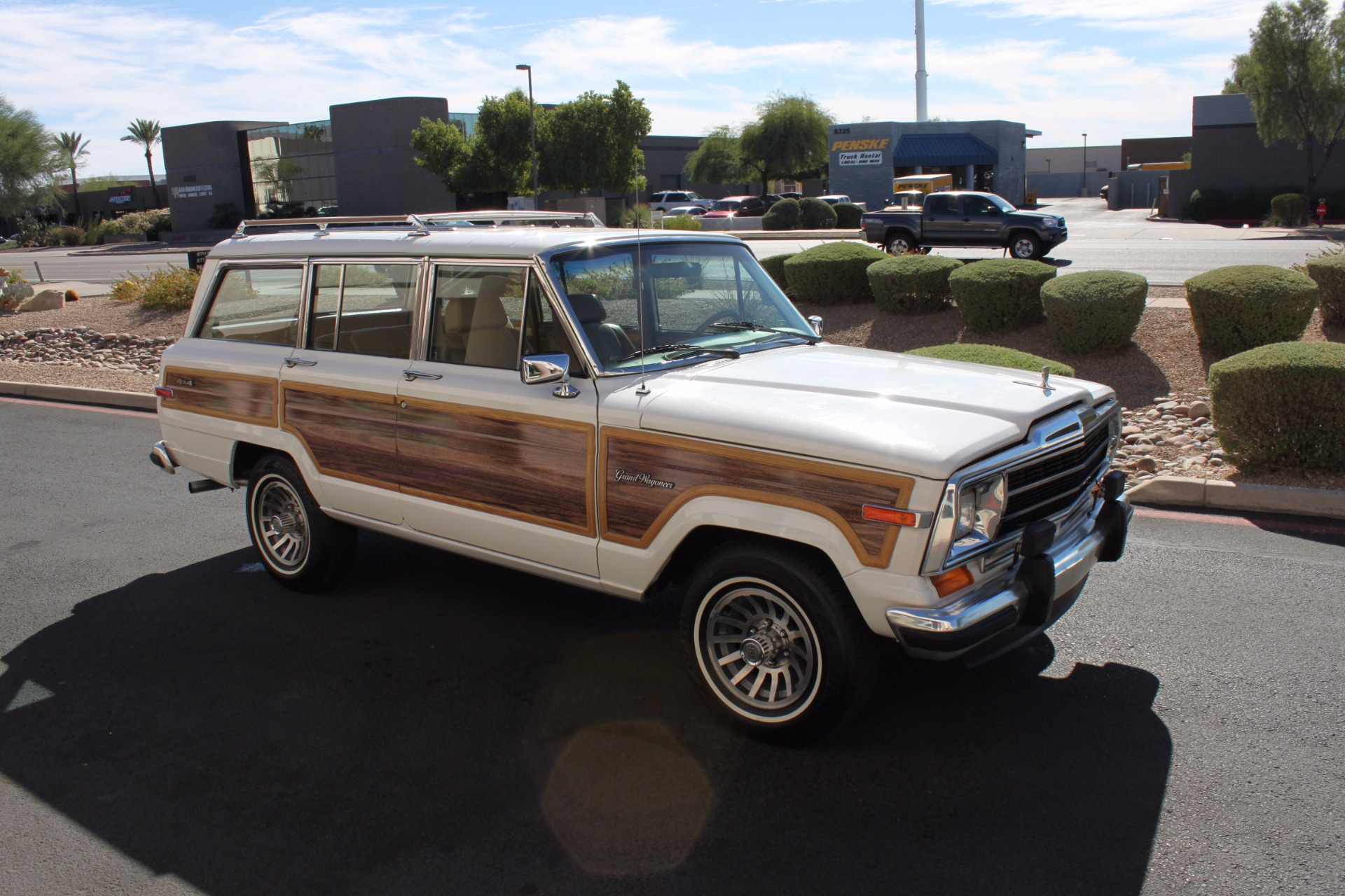 Used-1988-Jeep-Grand-Wagoneer-Limited-4X4-Toyota