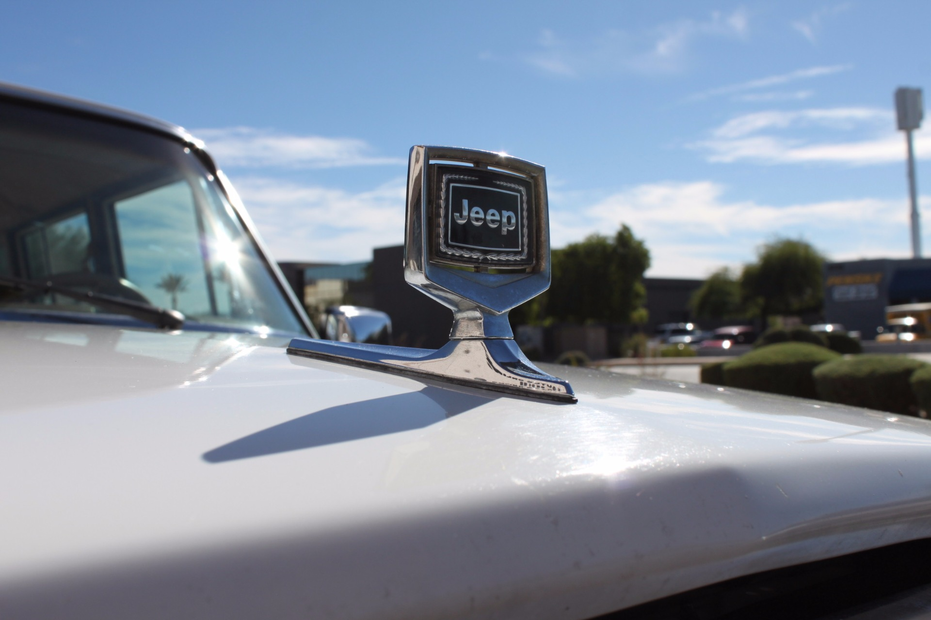 Used-1988-Jeep-Grand-Wagoneer-Limited-4X4-Land-Rover
