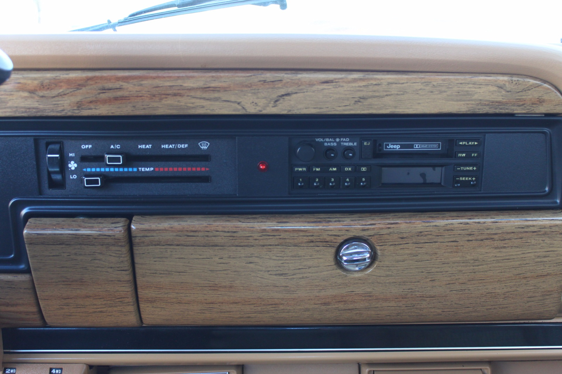 Used-1988-Jeep-Grand-Wagoneer-Limited-4X4-Chrysler