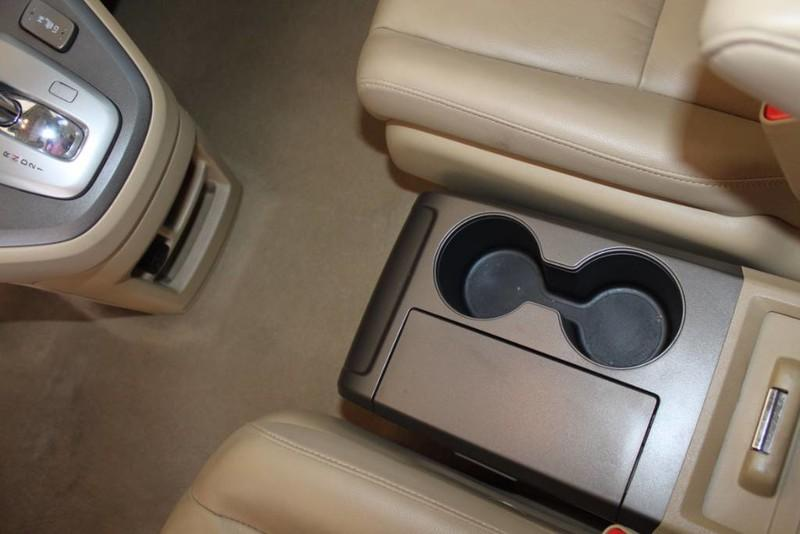Used-2009-Honda-CR-V-EX-L-Mercedes-Benz