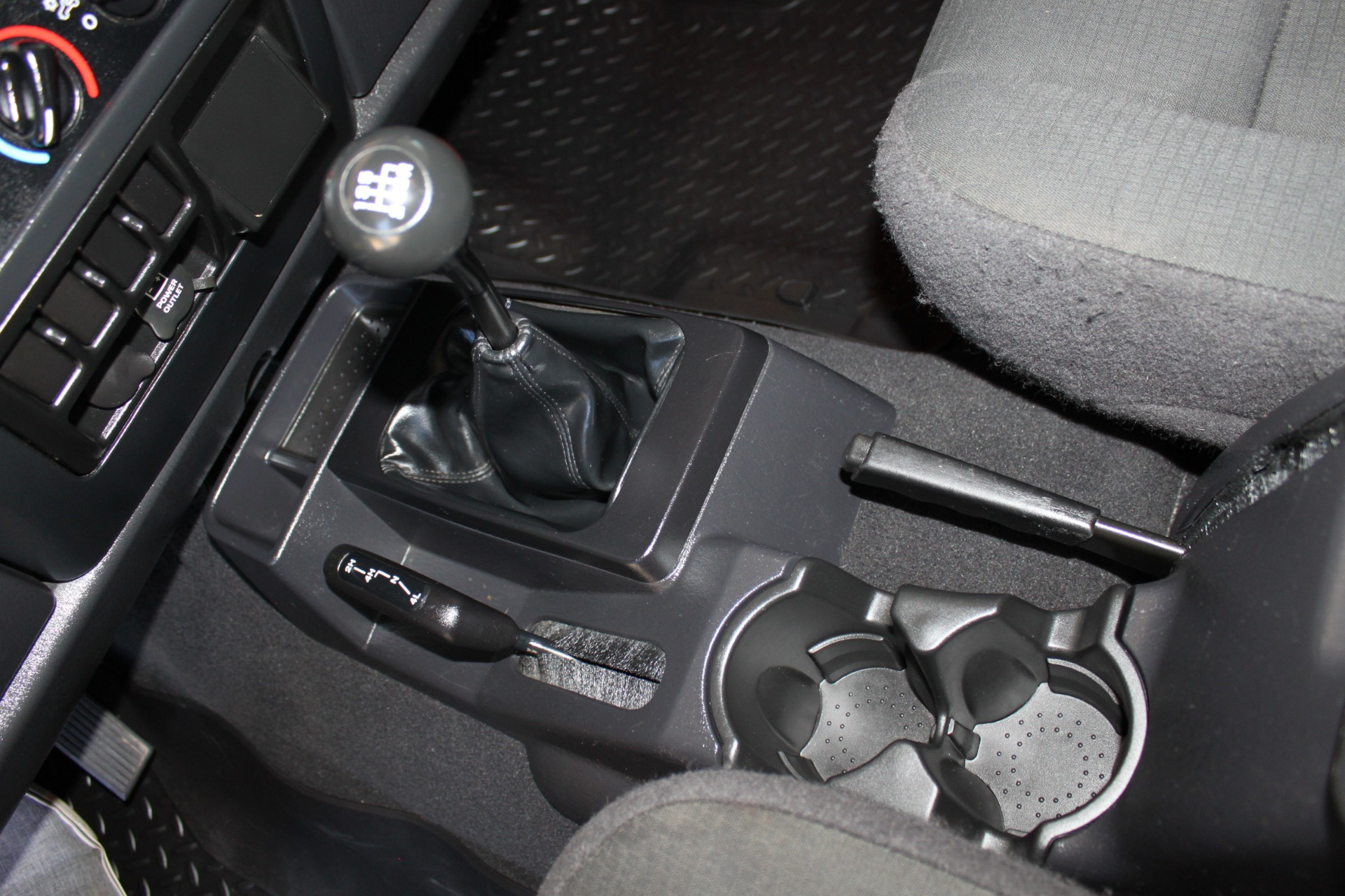Used-2006-Jeep-Wrangler-4X4-LJ-Unlimited-LWB-Wagoneer