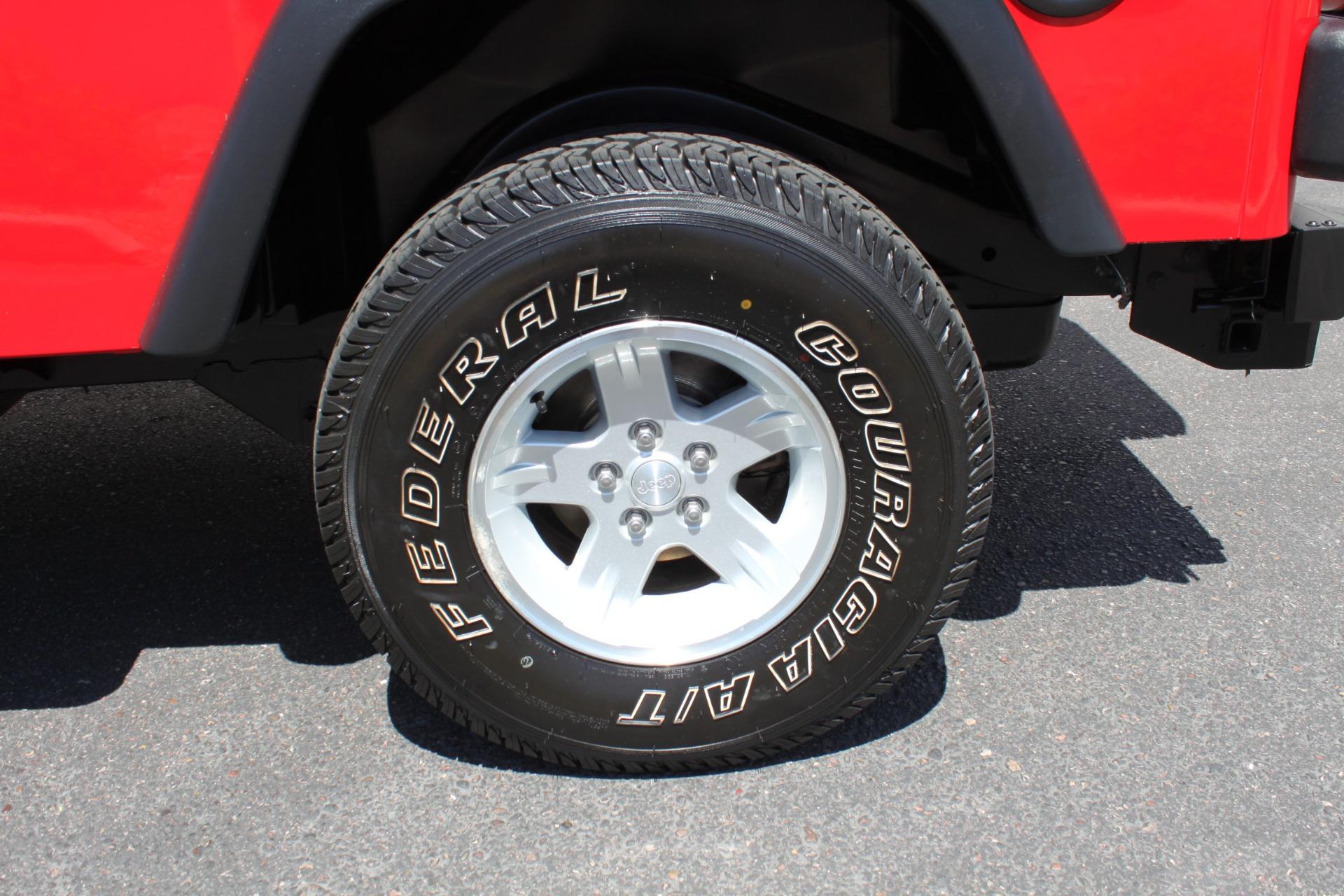 Used-2006-Jeep-Wrangler-4X4-LJ-Unlimited-LWB-Dodge