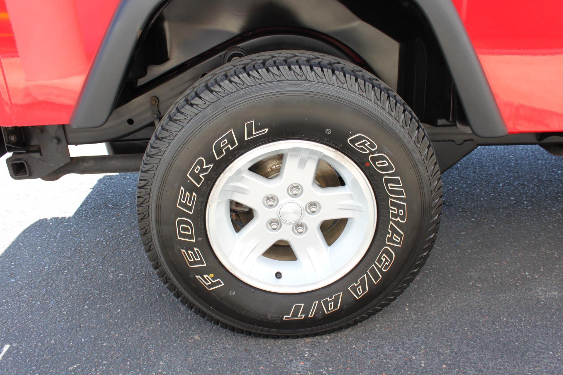 Used-2006-Jeep-Wrangler-4X4-LJ-Unlimited-LWB-Fiat
