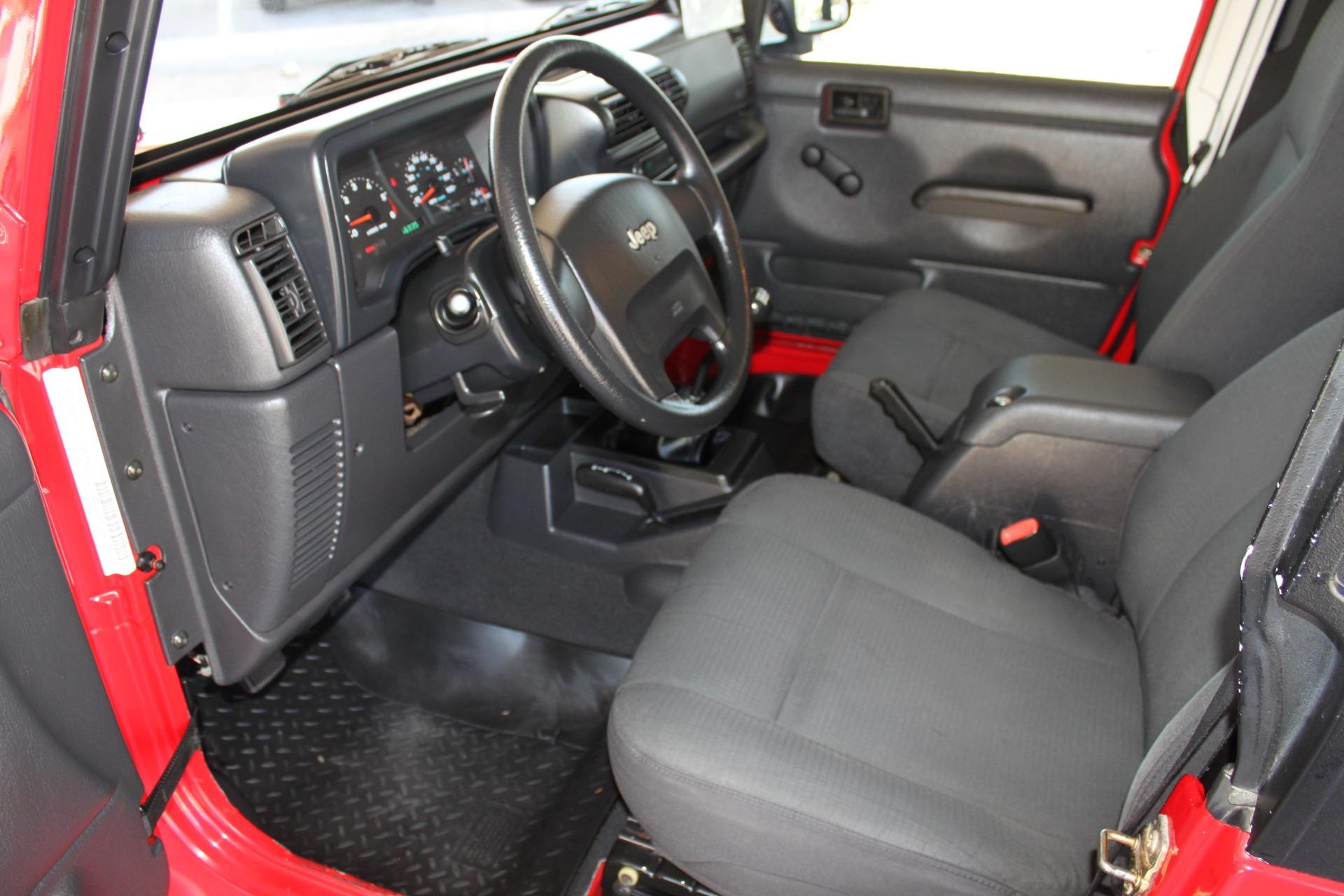 Used-2006-Jeep-Wrangler-4X4-LJ-Unlimited-LWB-vintage