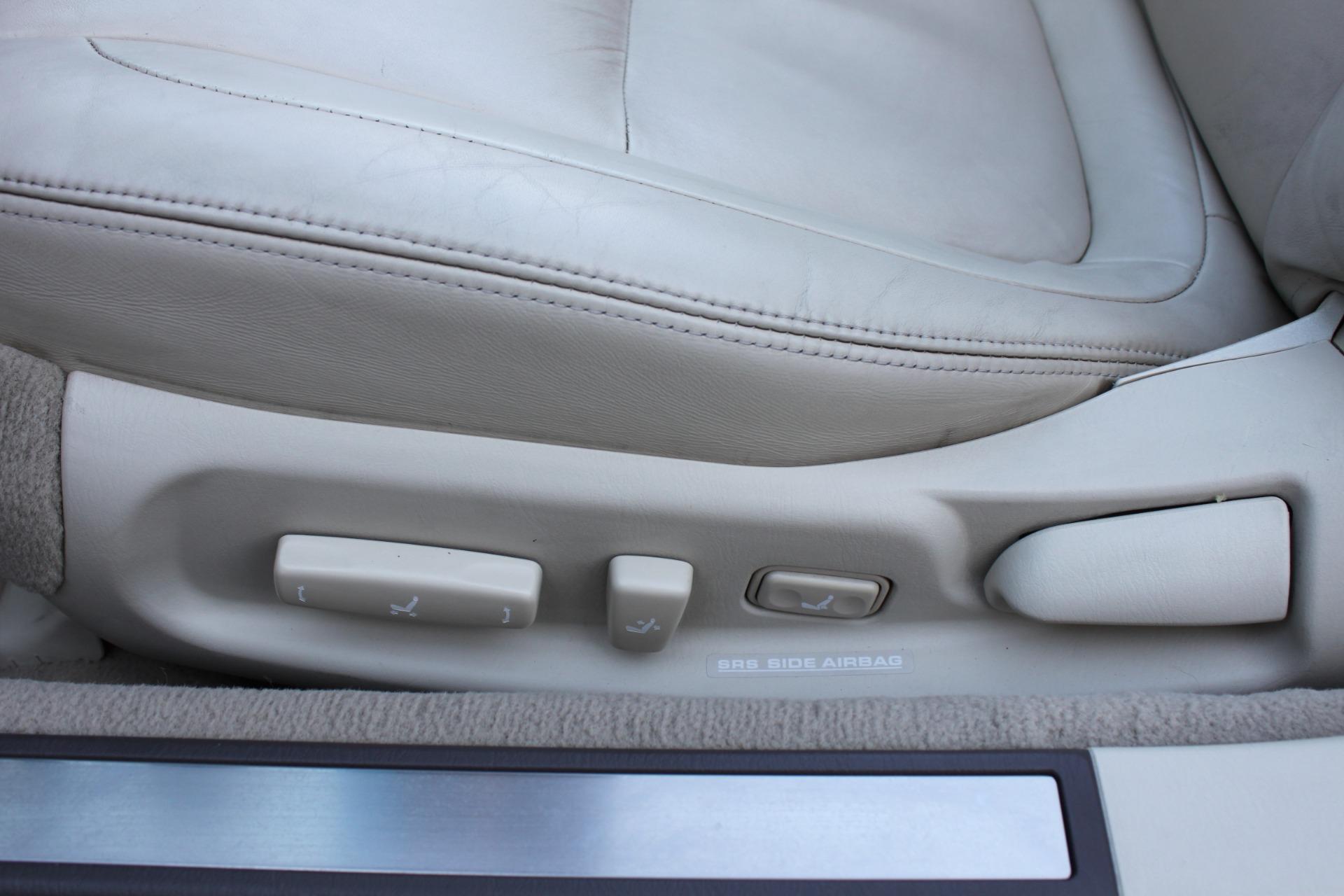 Used-2006-Lexus-SC-430-Mopar