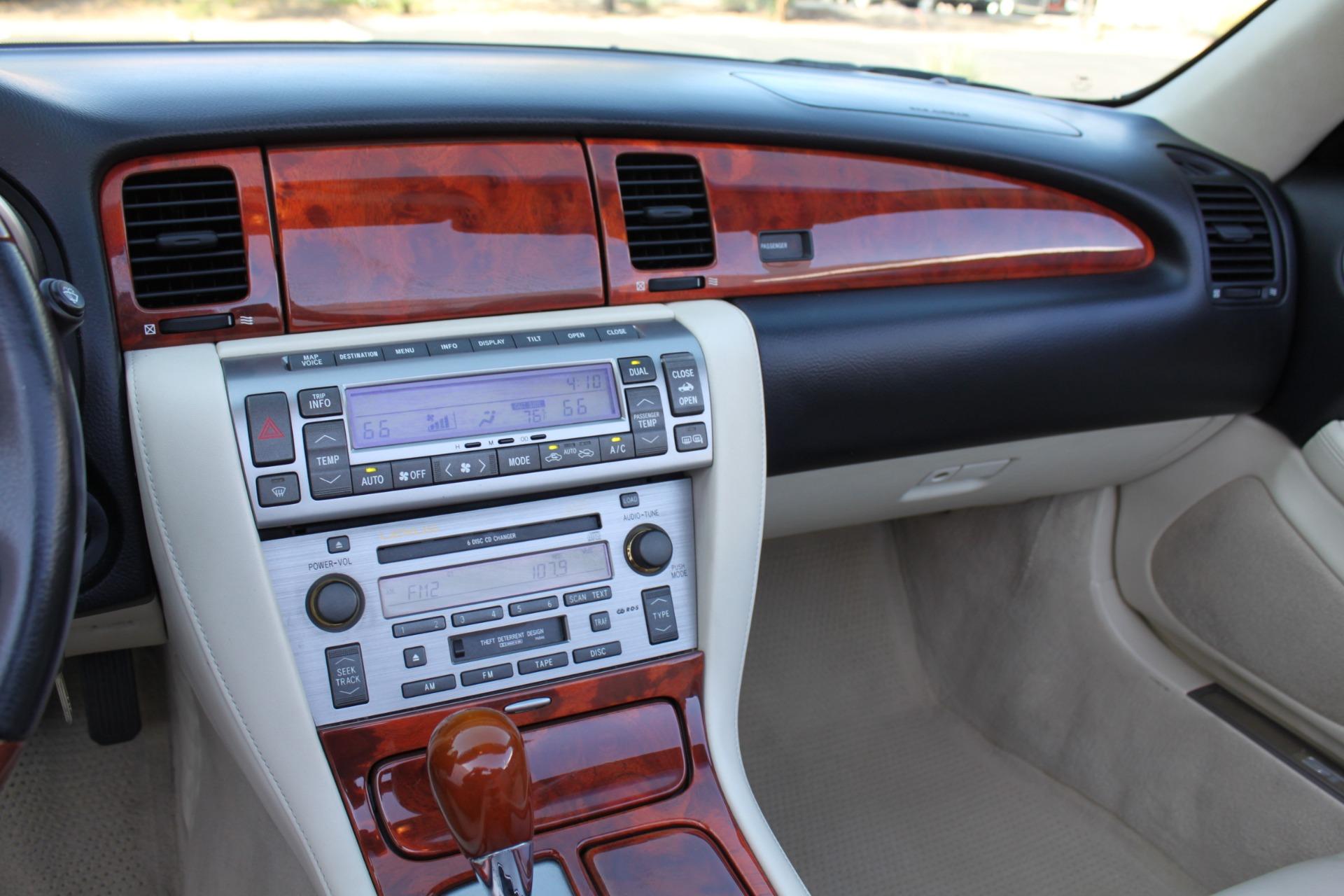 Used-2006-Lexus-SC-430-4X4