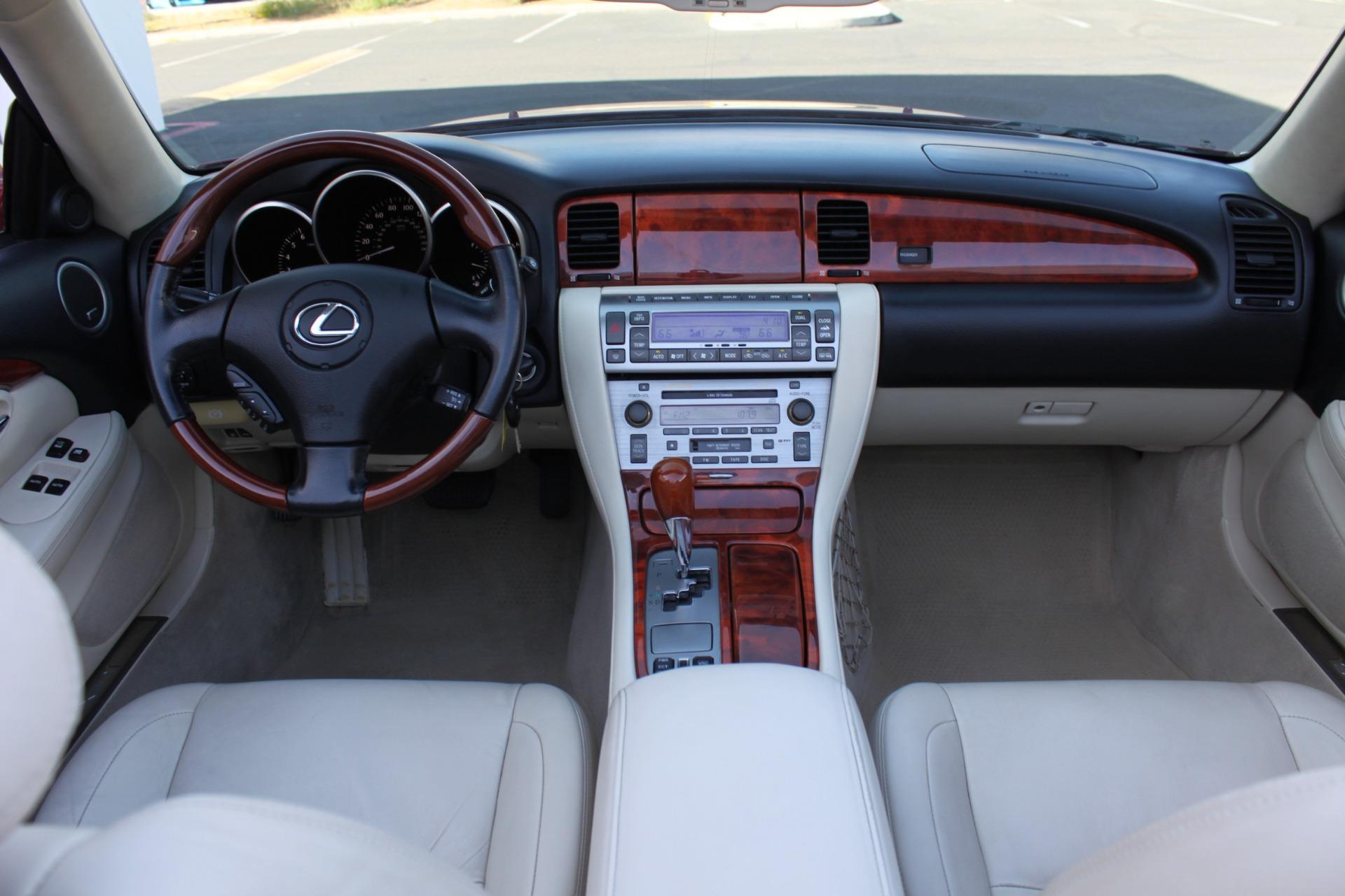 Used-2006-Lexus-SC-430-vintage