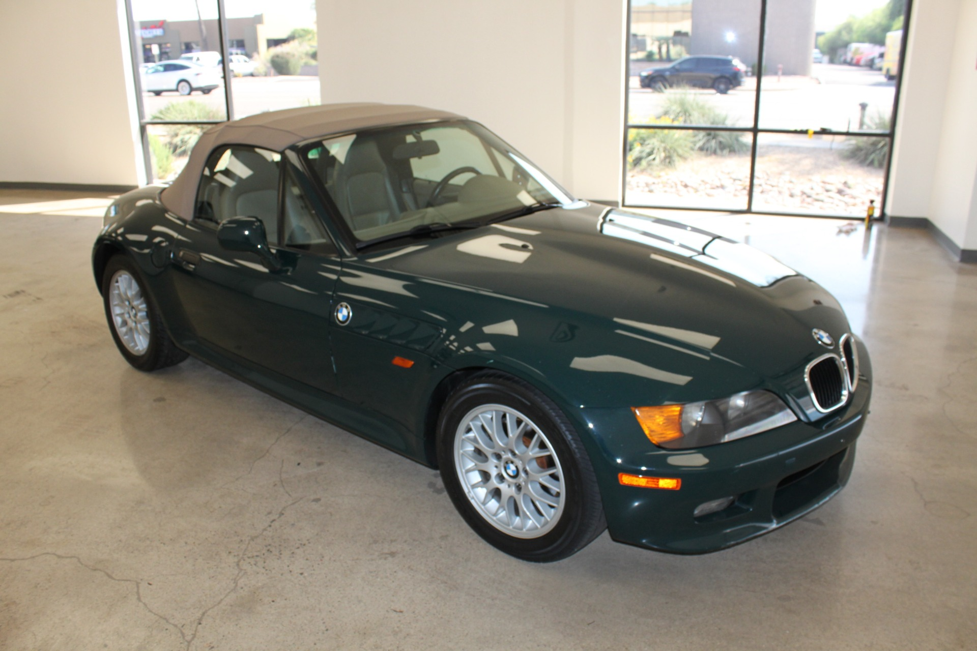 Used-1999-BMW-Z3-25L-Lexus