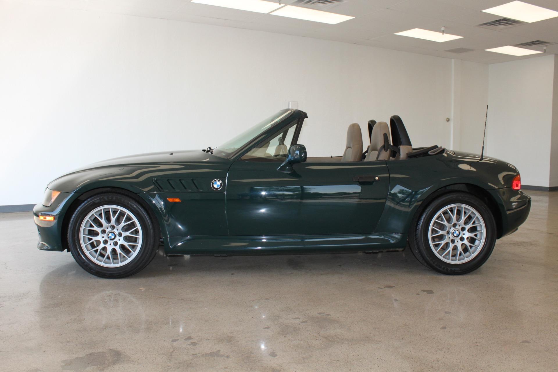 Used-1999-BMW-Z3-25L-Wagoneer
