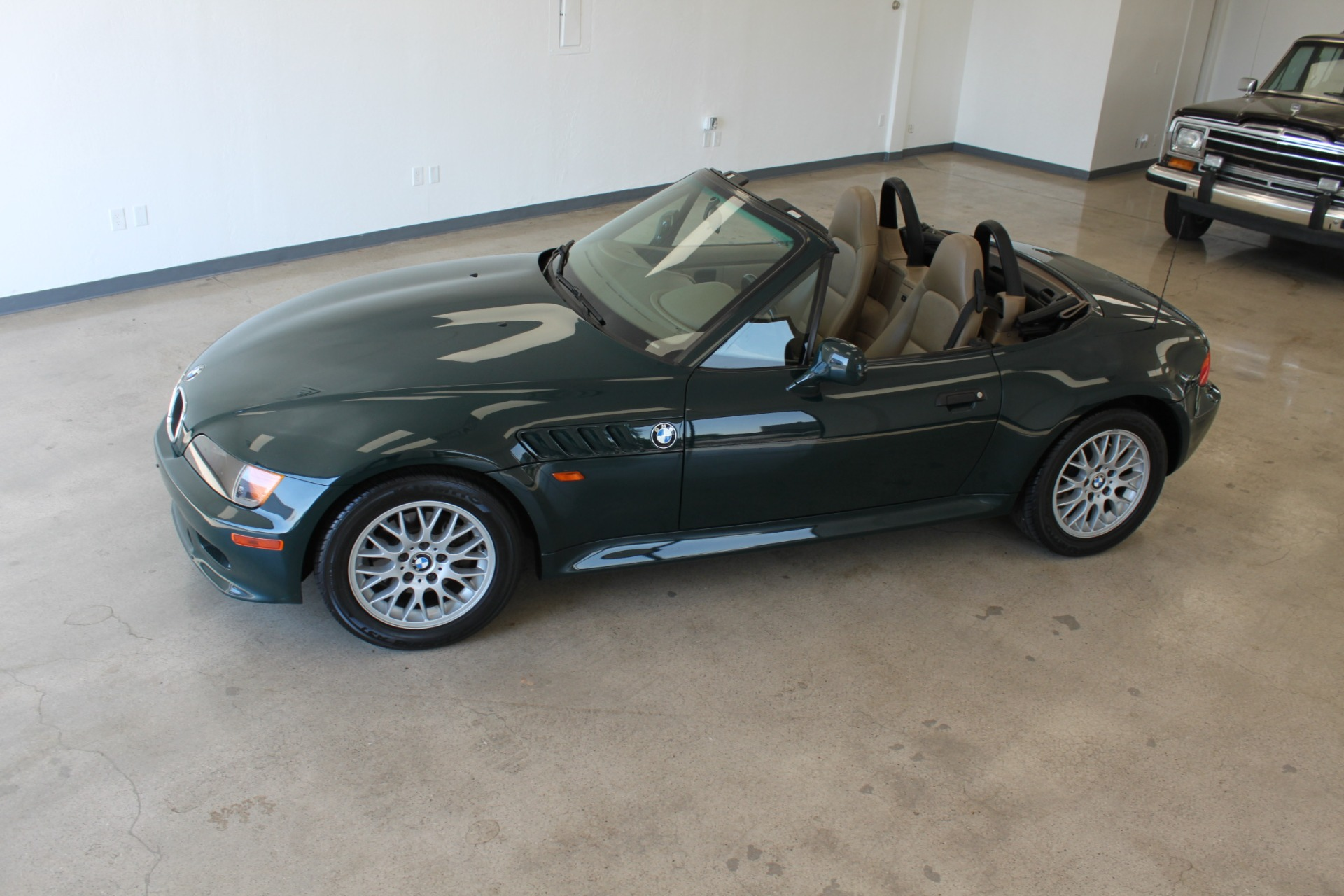 Used-1999-BMW-Z3-25L-Ford