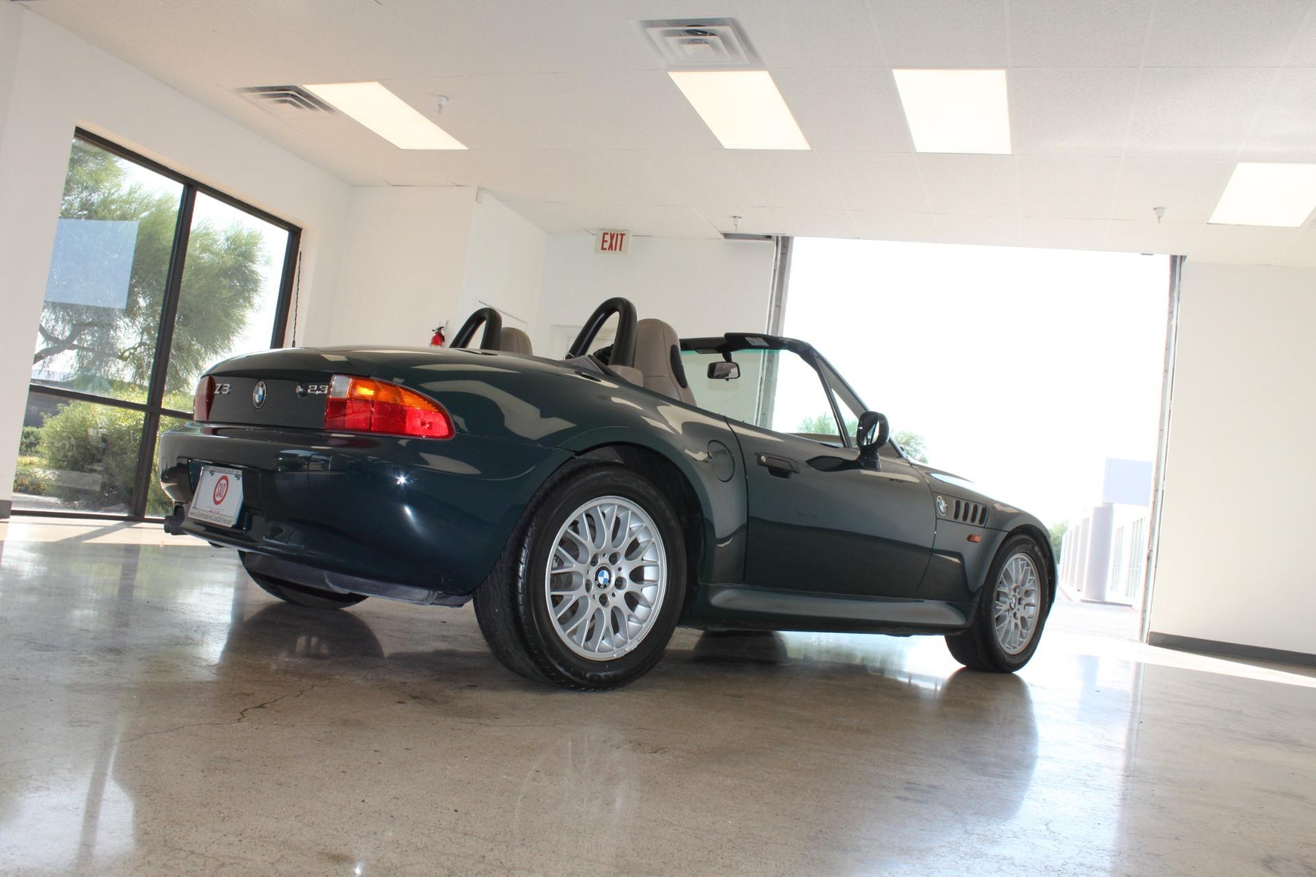 Used-1999-BMW-Z3-25L-Lamborghini