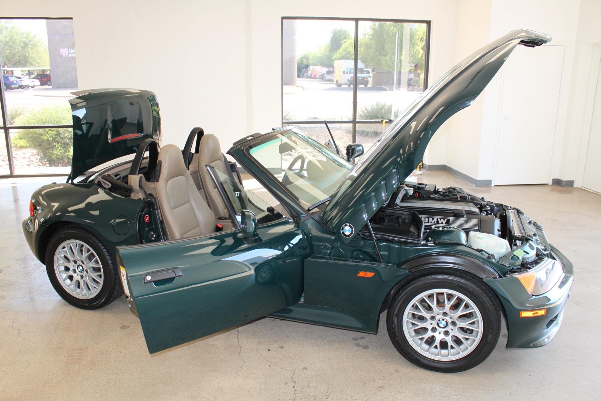 Used-1999-BMW-Z3-25L-Jeep
