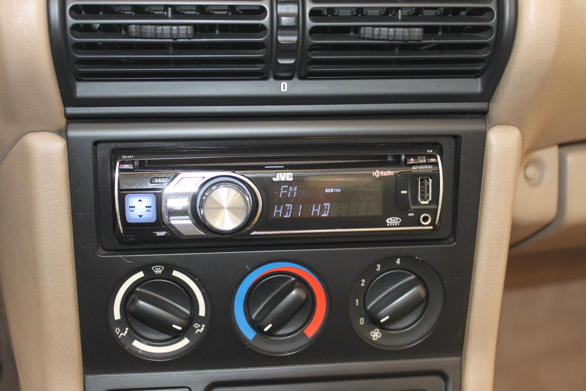 Used-1999-BMW-Z3-25L-Chrysler