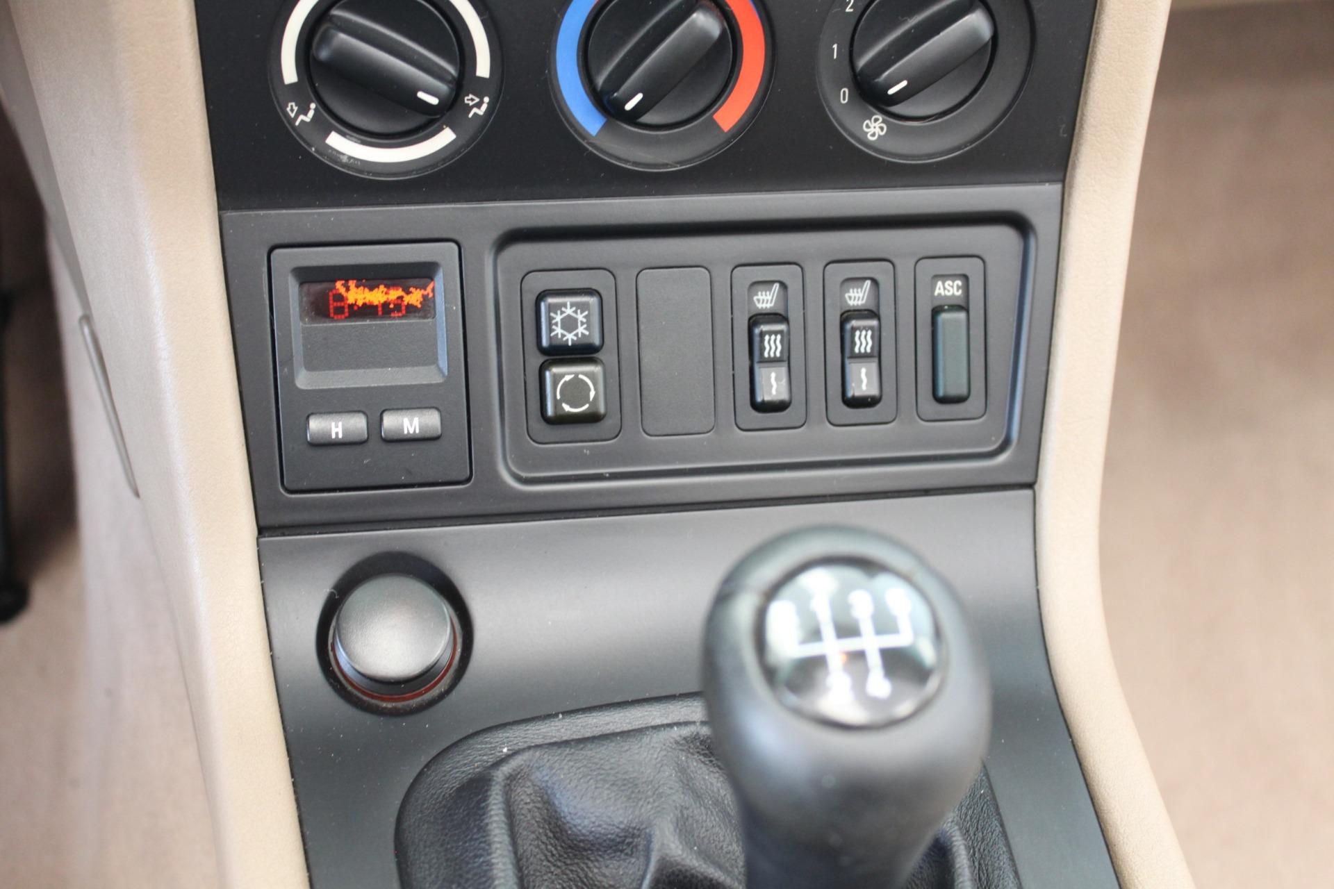 Used-1999-BMW-Z3-25L-Mercedes-Benz