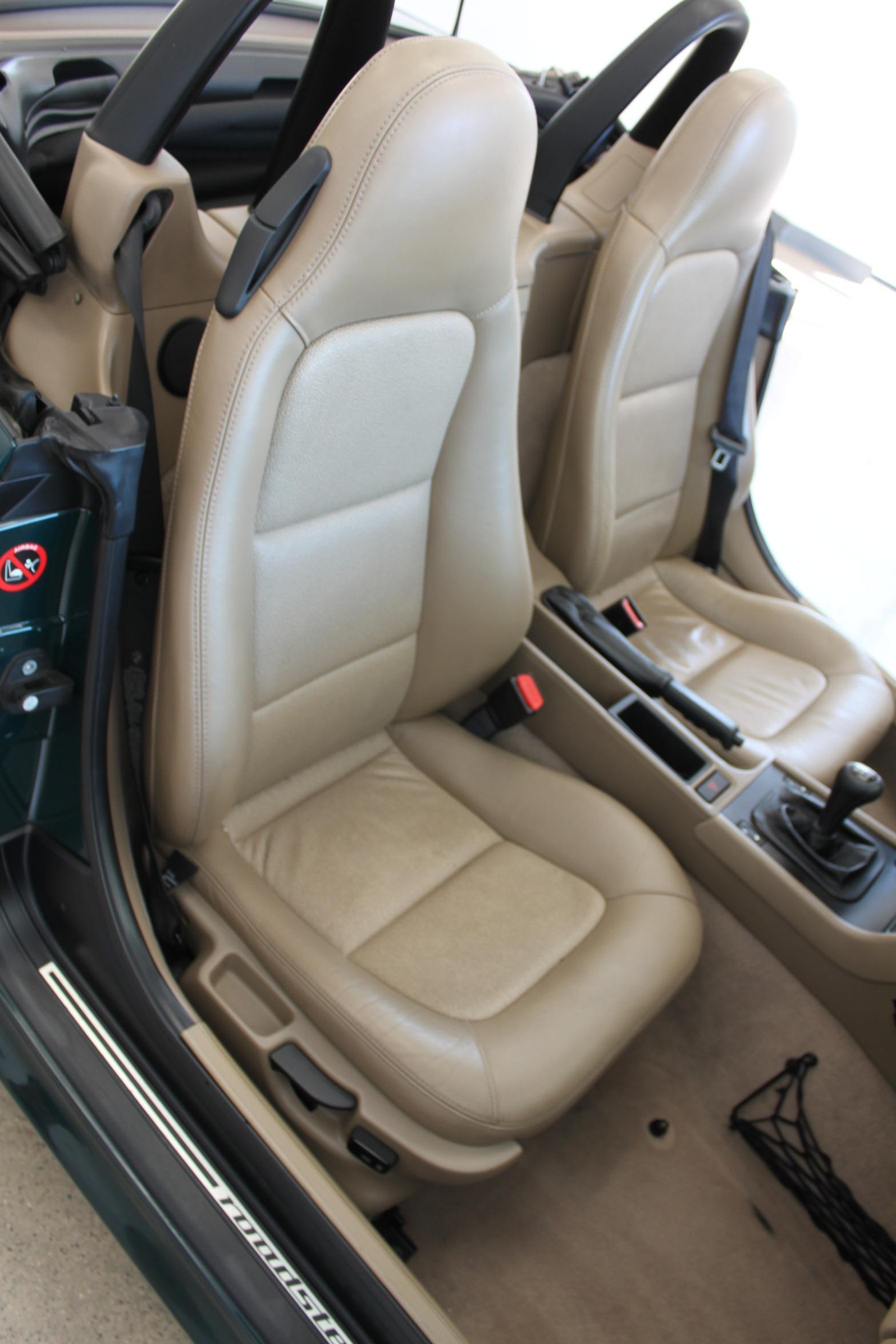 Used-1999-BMW-Z3-25L-4X4