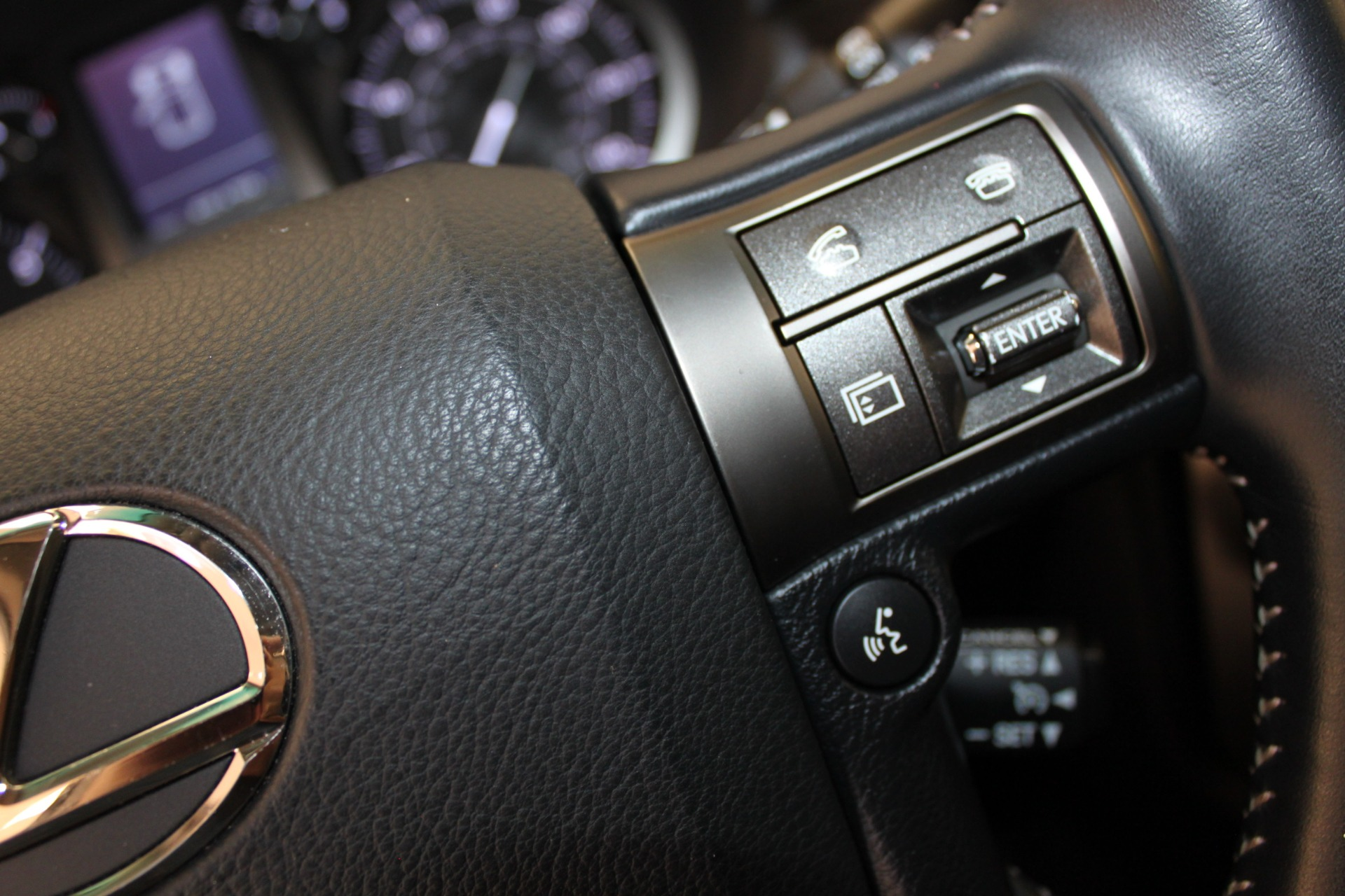 Used-2013-Lexus-GX-460-4X4-Jeep