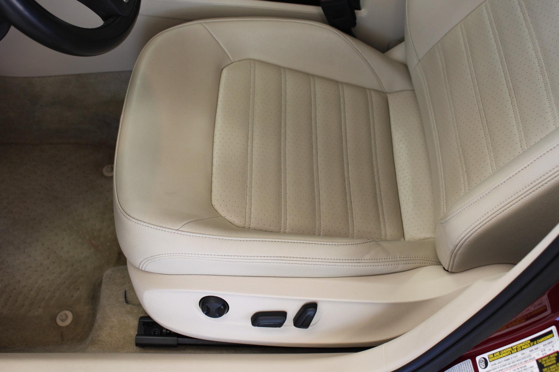 Used-2015-Volkswagen-Passat-18T-SE-w/Sunroof---Nav-Lamborghini