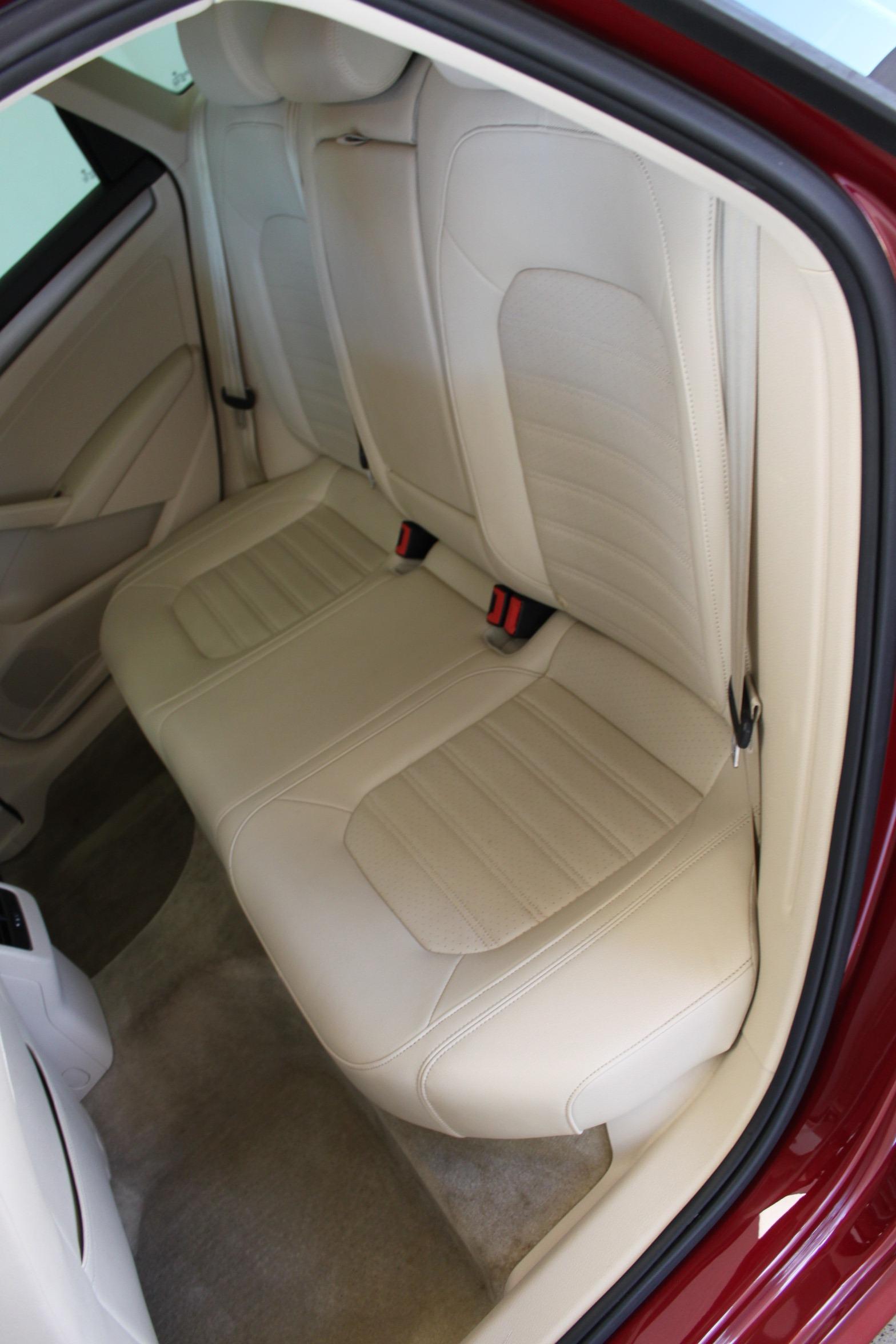 Used-2015-Volkswagen-Passat-18T-SE-w/Sunroof---Nav-Wrangler