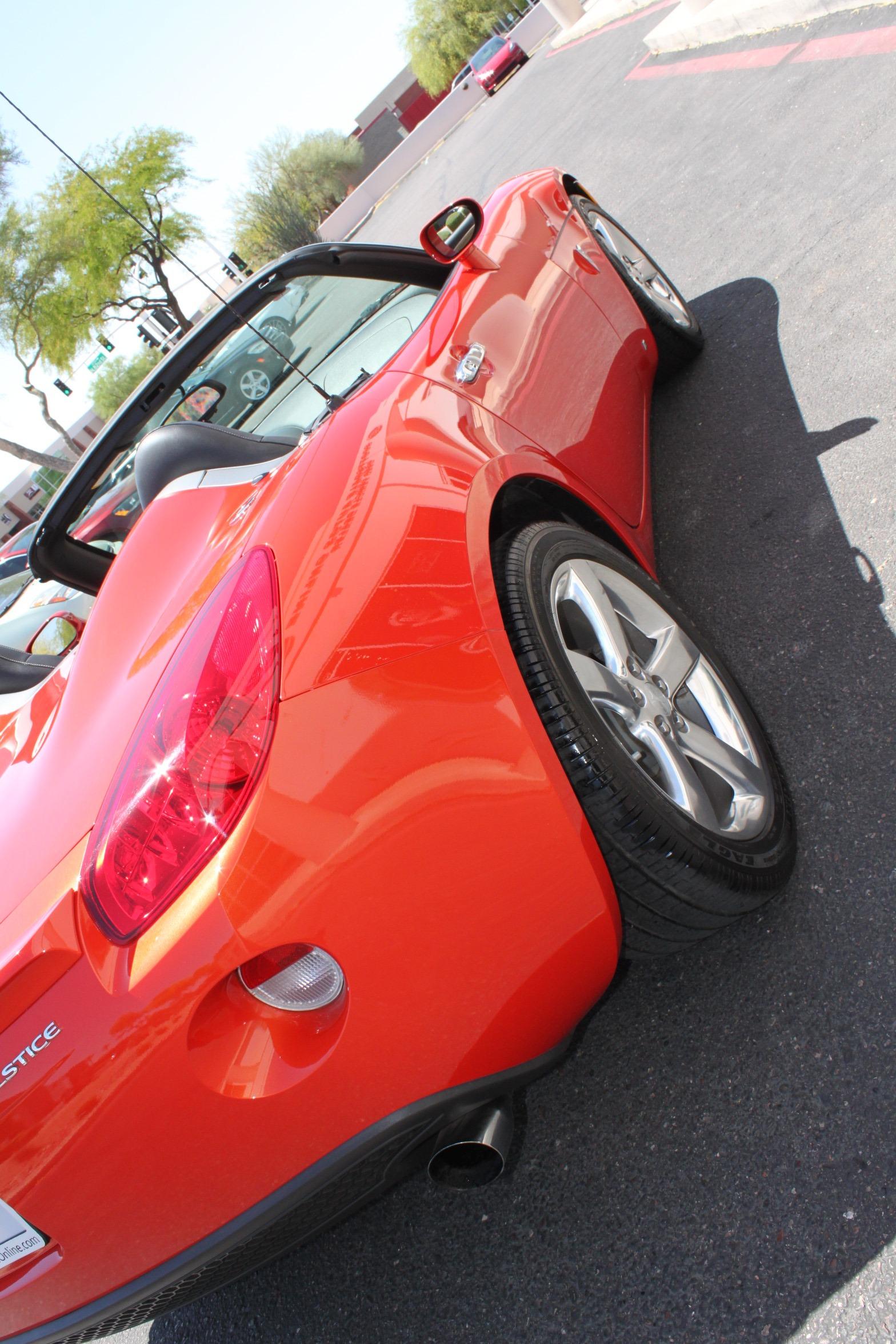 Used-2008-Pontiac-Solstice-Camaro