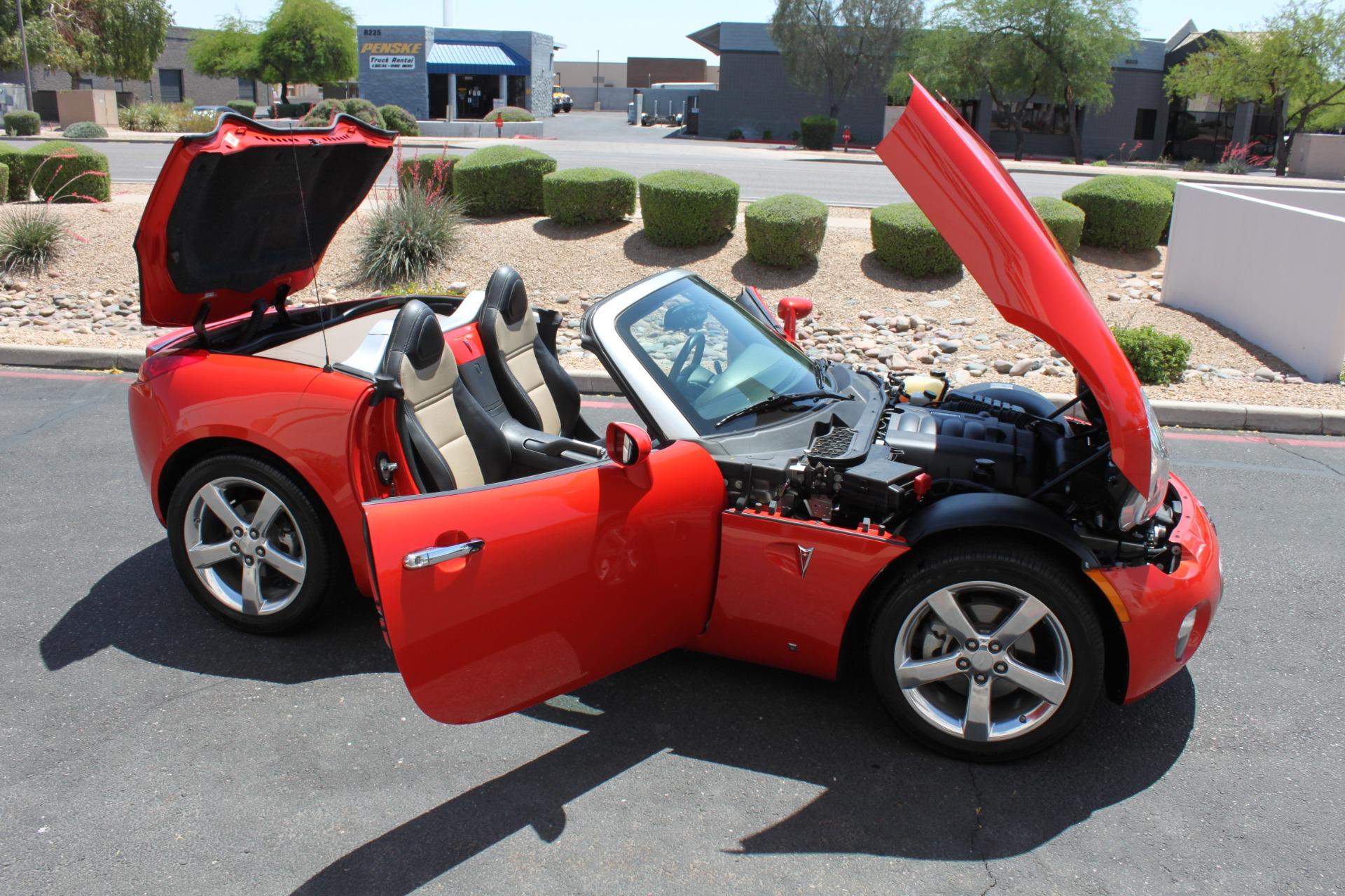 Used-2008-Pontiac-Solstice-XJ