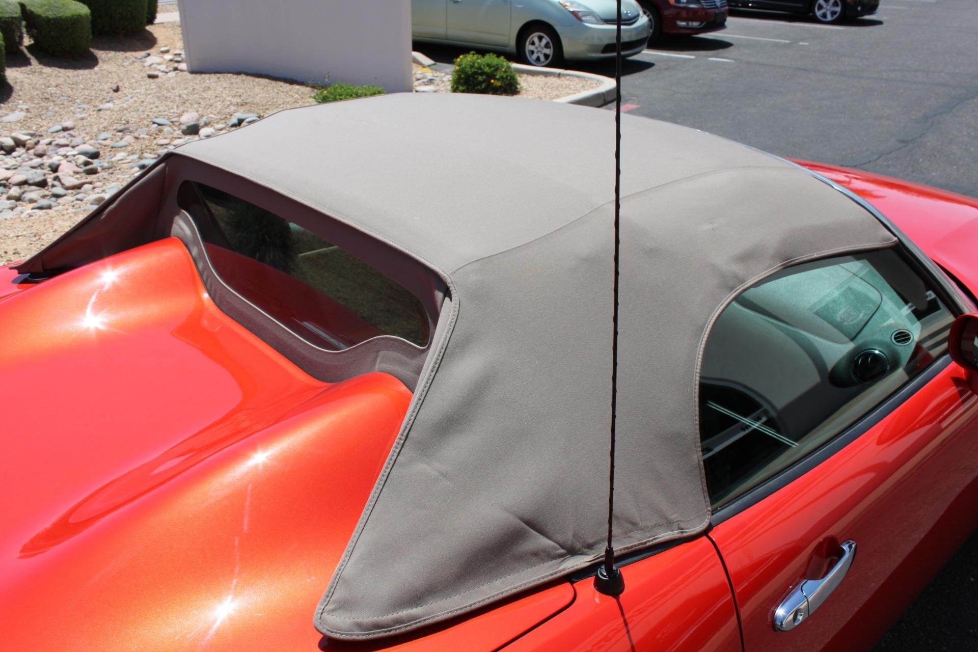 Used-2008-Pontiac-Solstice-Classic