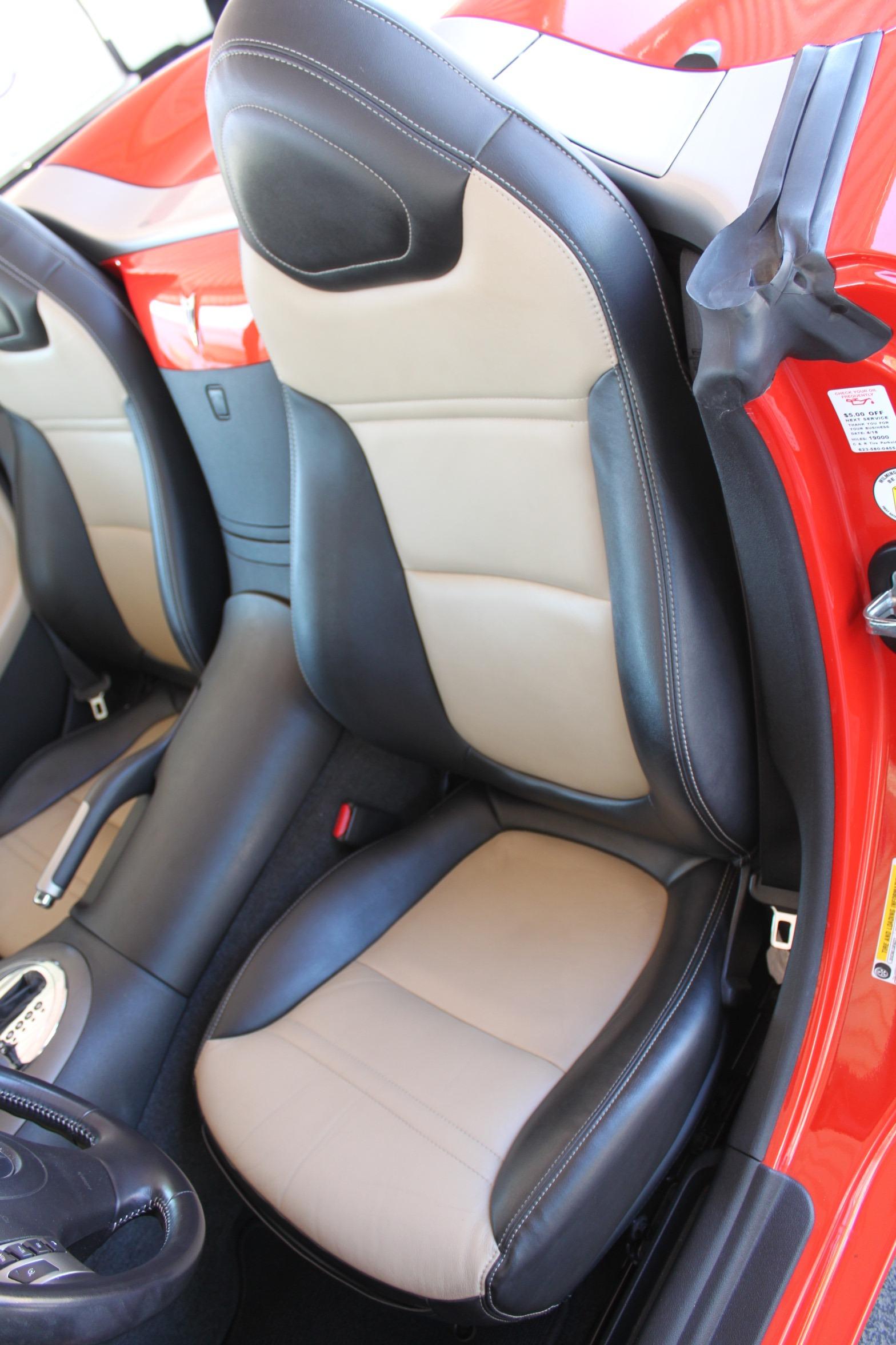 Used-2008-Pontiac-Solstice-Chrysler