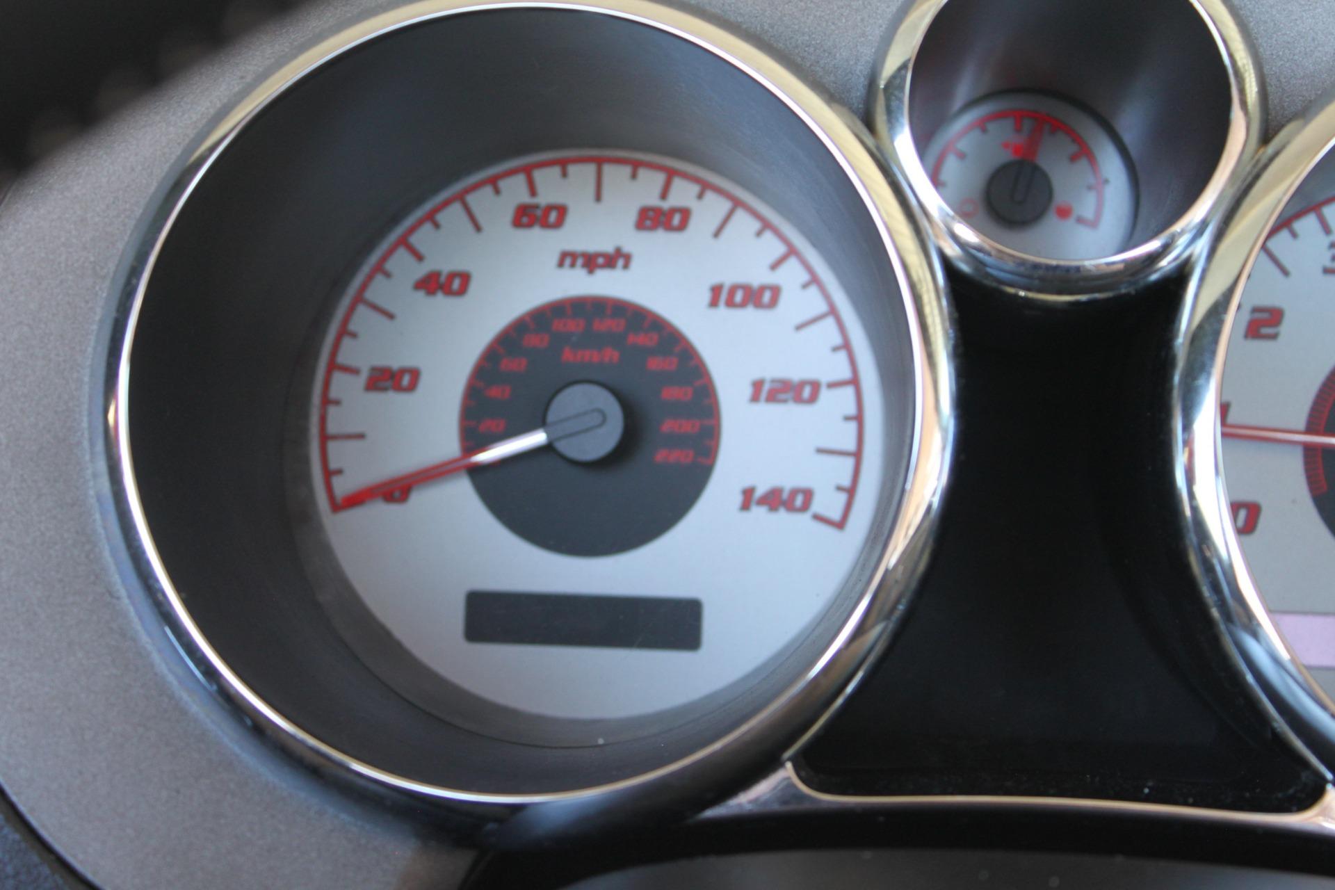 Used-2008-Pontiac-Solstice-Lexus