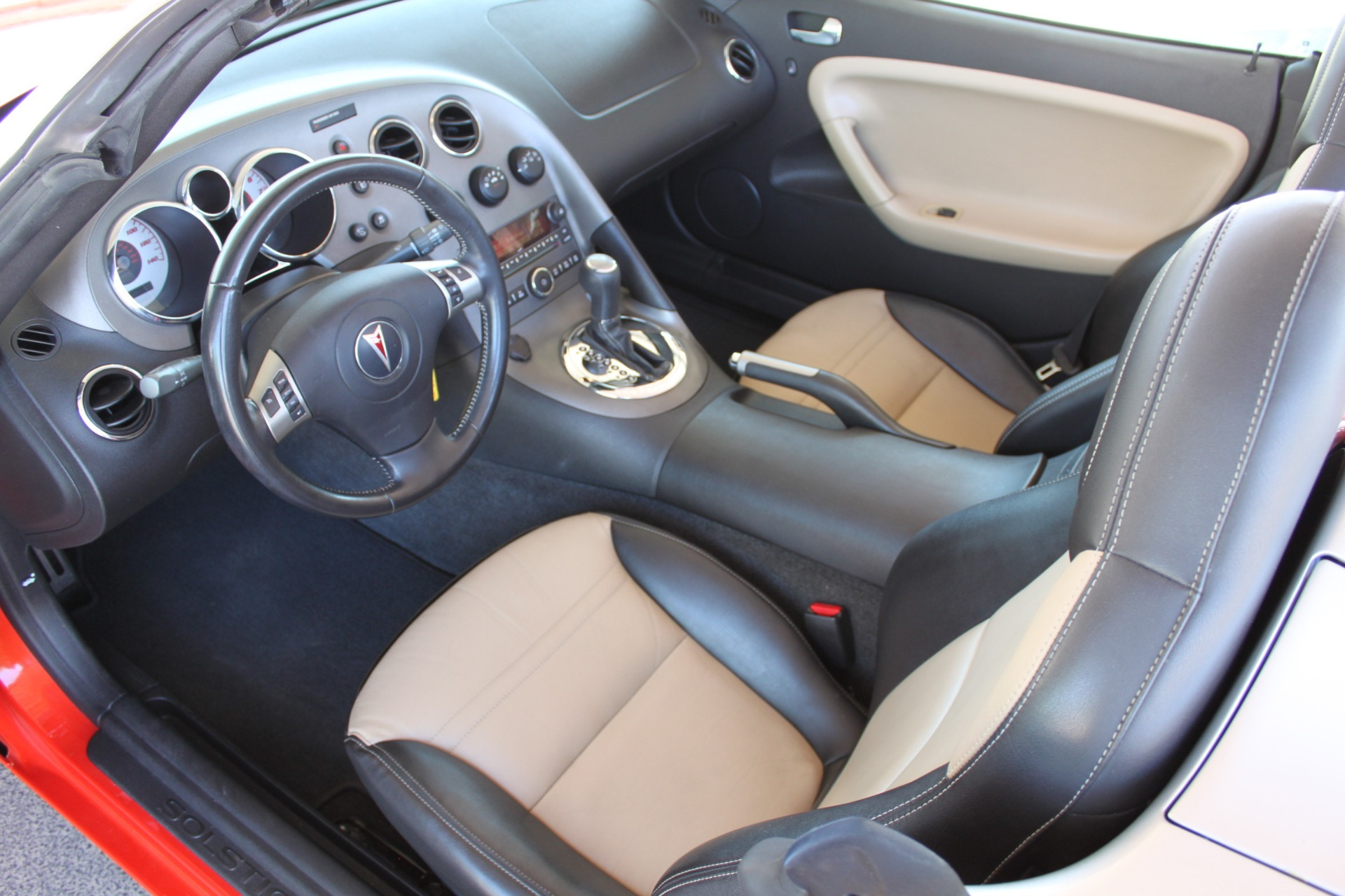 Used-2008-Pontiac-Solstice-Collector