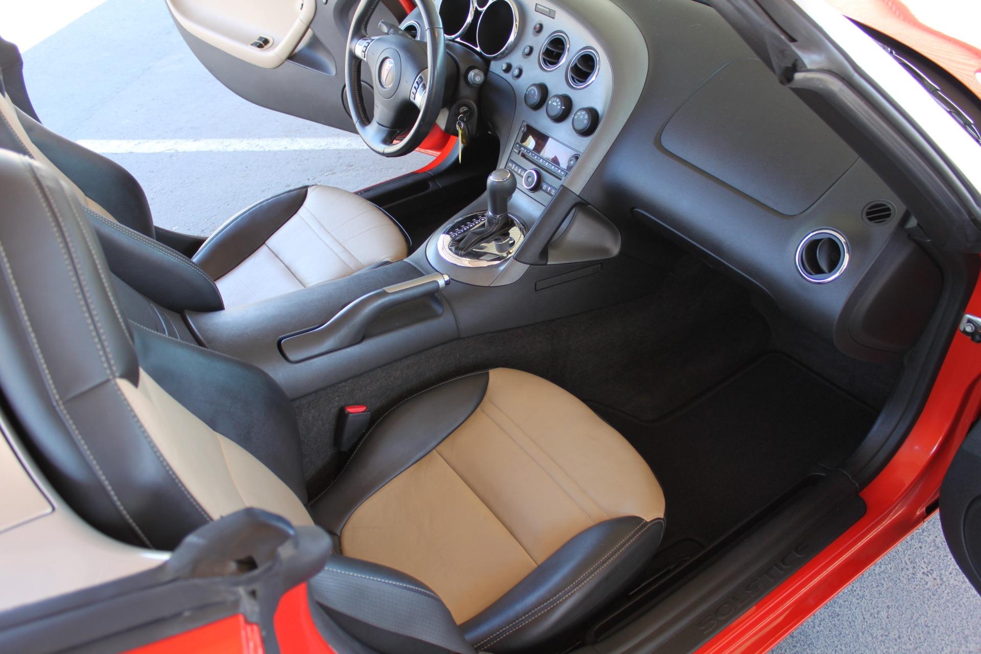 Used-2008-Pontiac-Solstice-BMW
