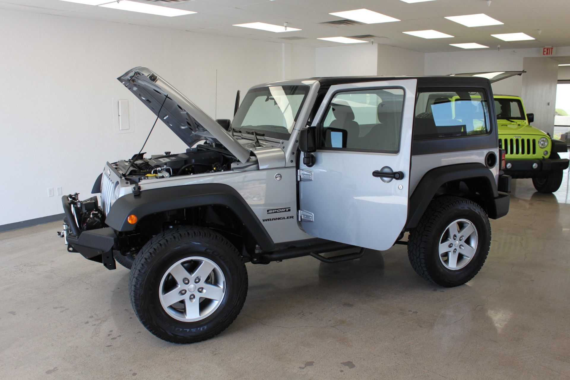Used-2014-Jeep-Wrangler-Sport-4X4-Hard-Top-Chevelle