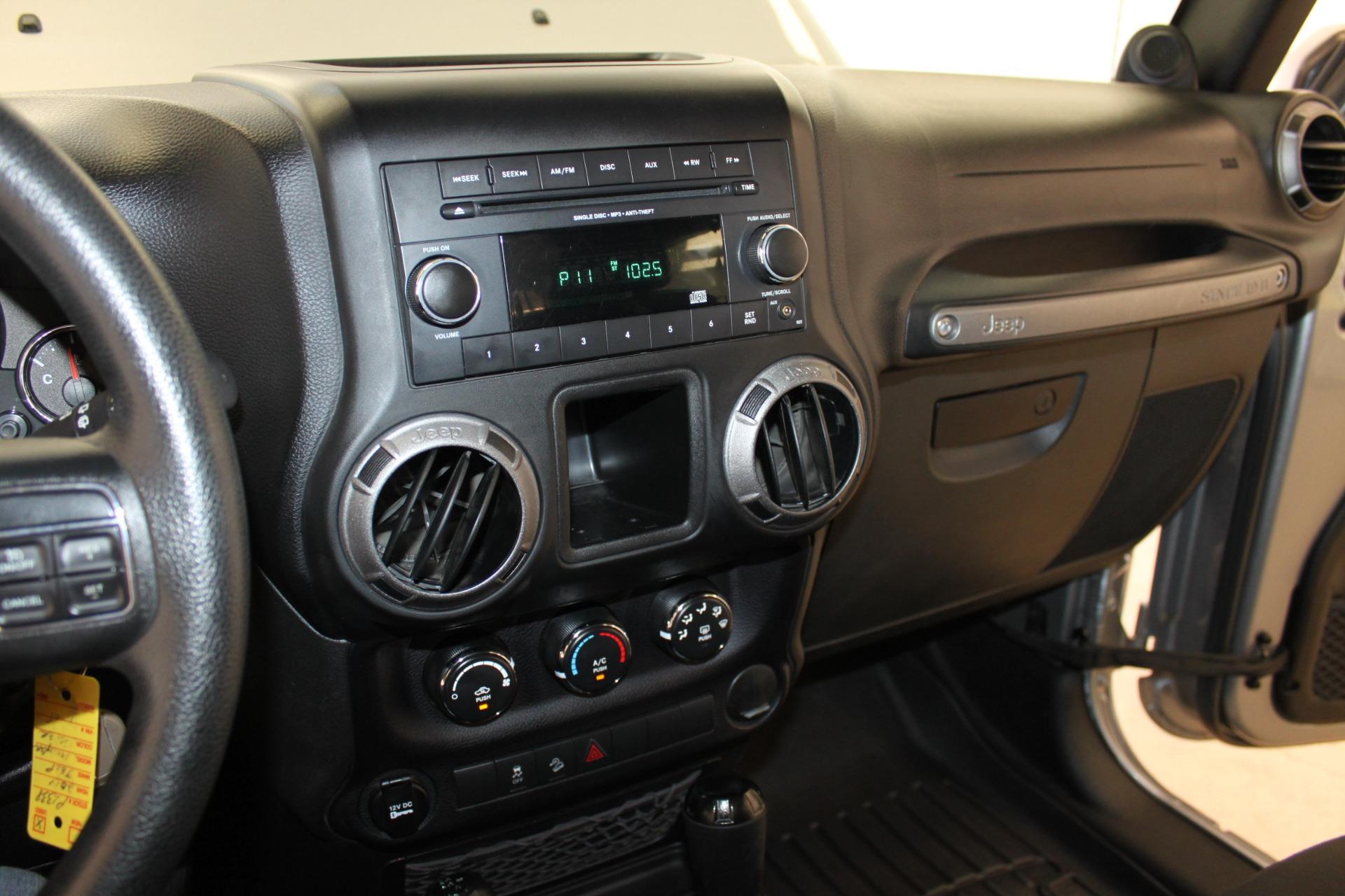 Used-2014-Jeep-Wrangler-Sport-4X4-Hard-Top-Mopar