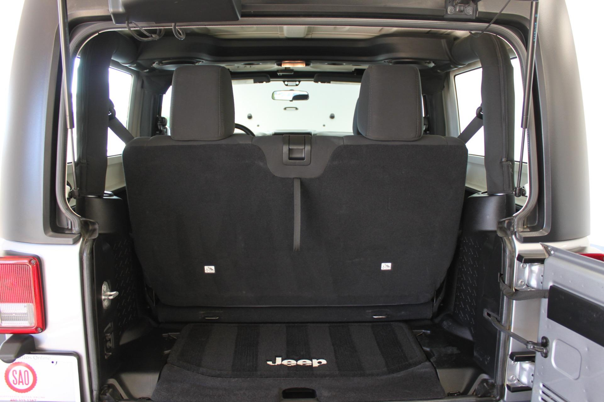 Used-2014-Jeep-Wrangler-Sport-4X4-Hard-Top-Chalenger