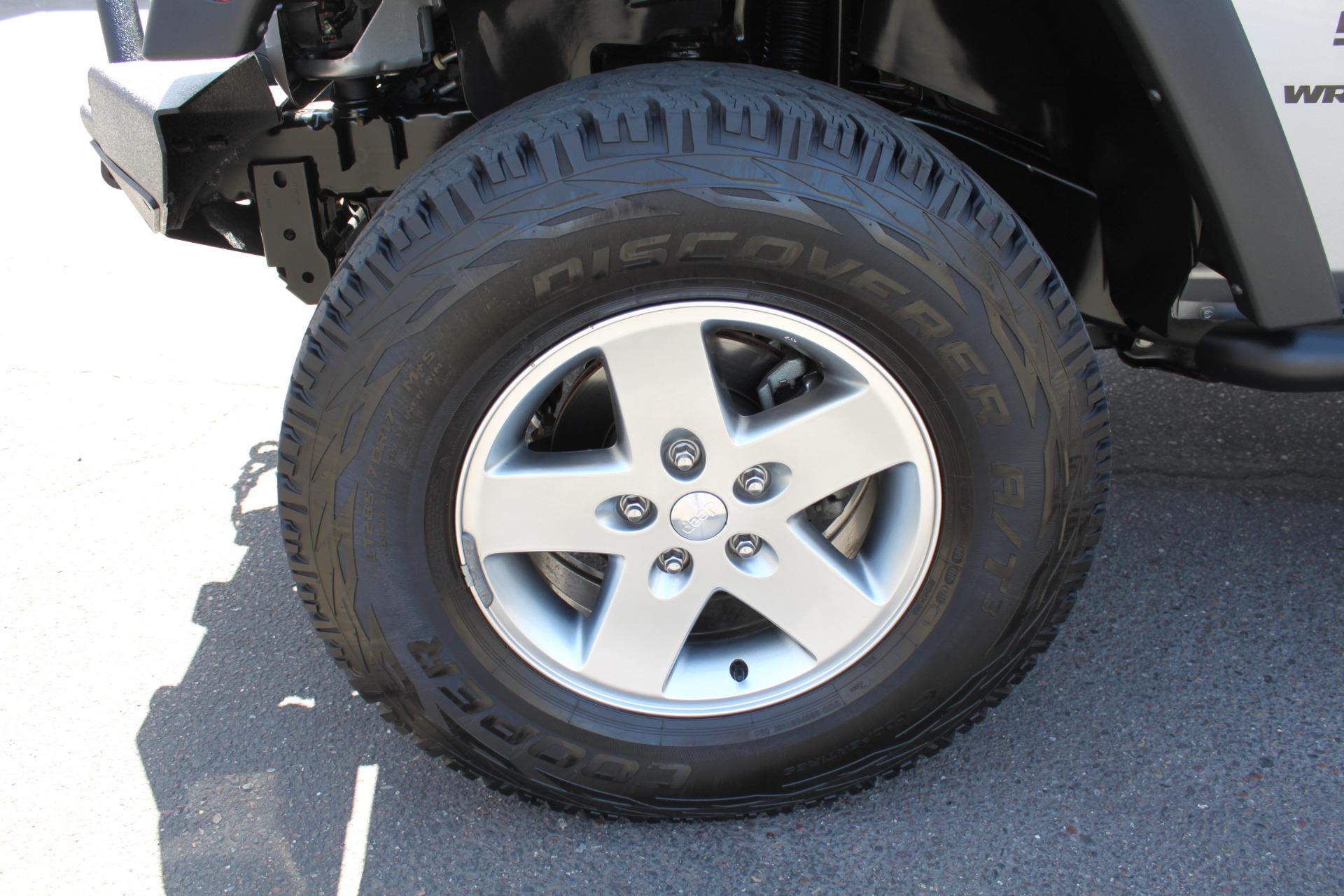 Used-2014-Jeep-Wrangler-Sport-4X4-Hard-Top-LS400