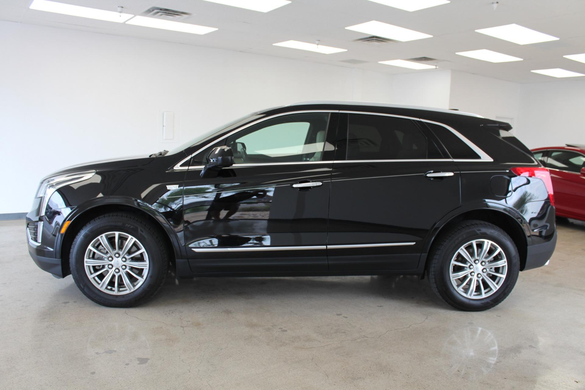 Used-2017-Cadillac-XT5-Luxury-All-Wheel-Drive-Luxury-AWD-Wagoneer