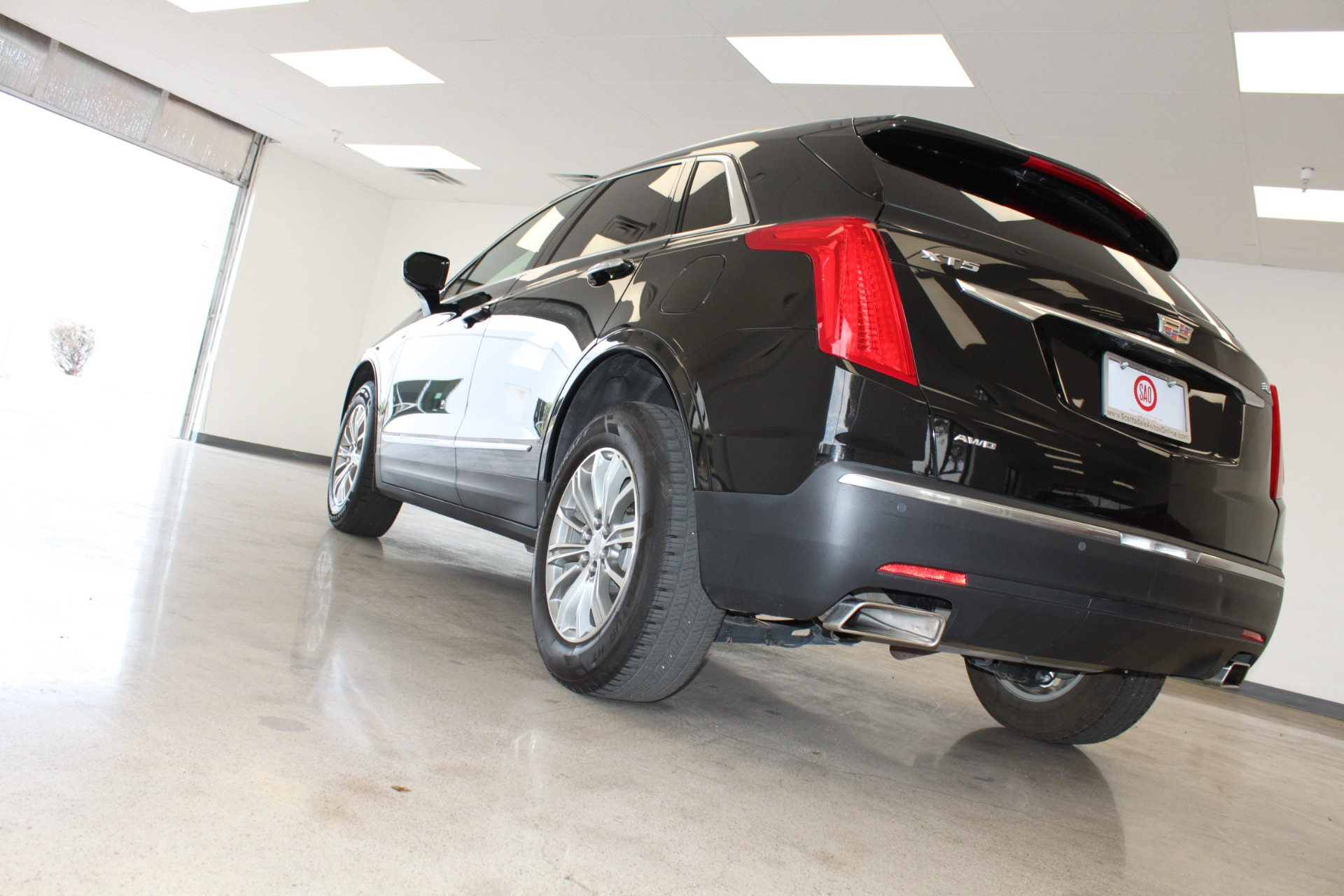 Used-2017-Cadillac-XT5-Luxury-All-Wheel-Drive-Luxury-AWD-Ford