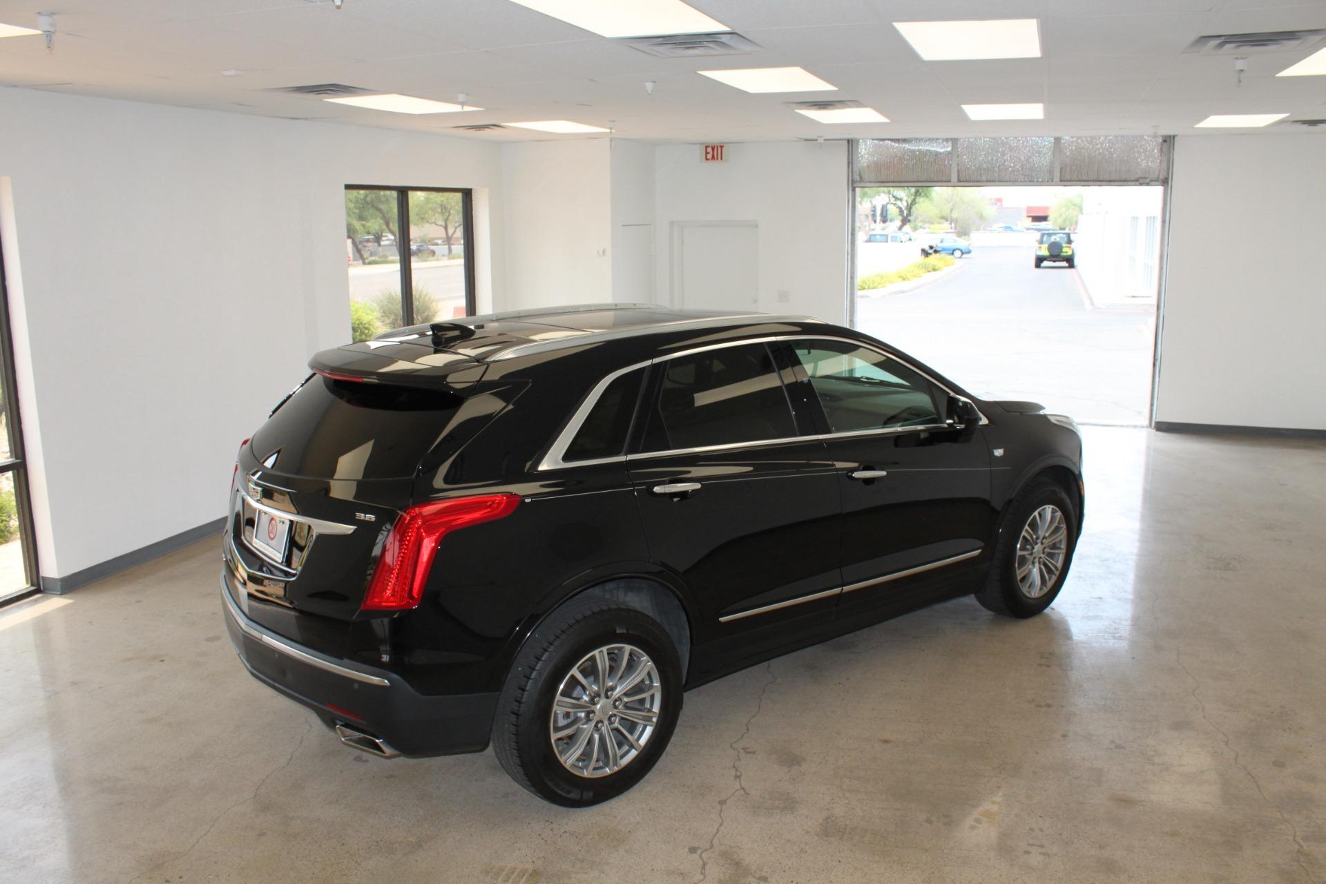 Used-2017-Cadillac-XT5-Luxury-All-Wheel-Drive-Luxury-AWD-Honda