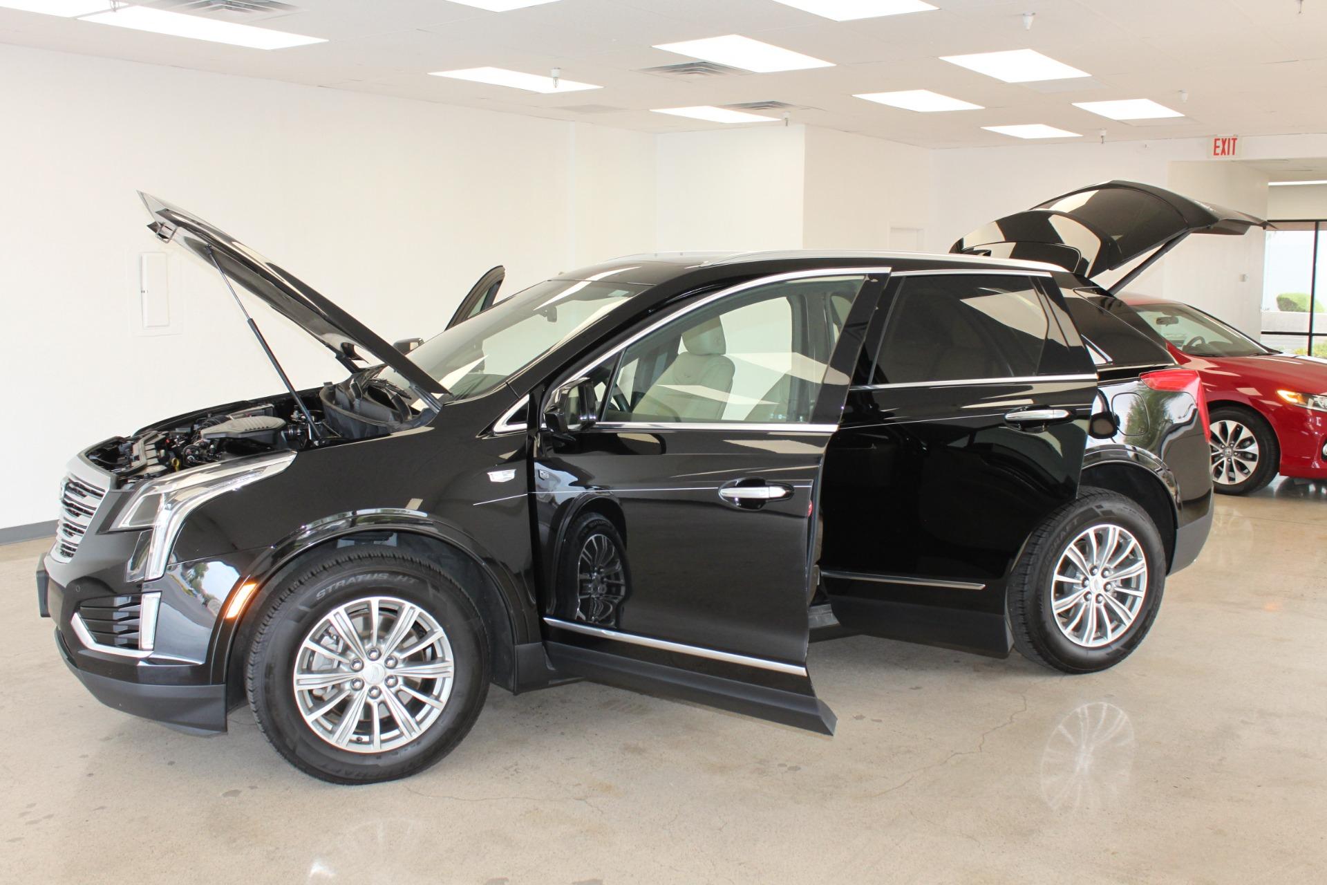 Used-2017-Cadillac-XT5-Luxury-All-Wheel-Drive-Luxury-AWD-XJ