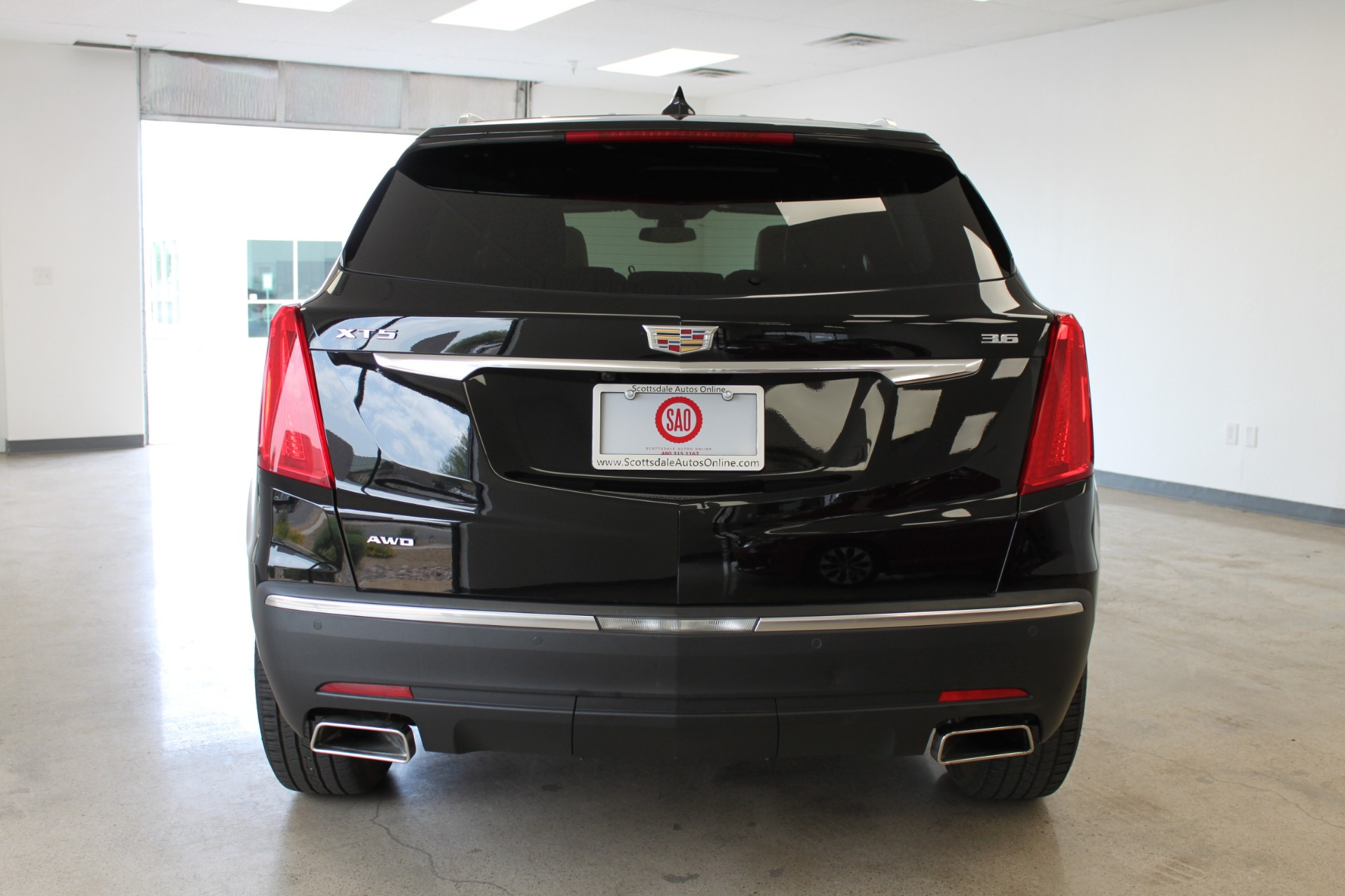 Used-2017-Cadillac-XT5-Luxury-All-Wheel-Drive-Luxury-AWD-Mopar
